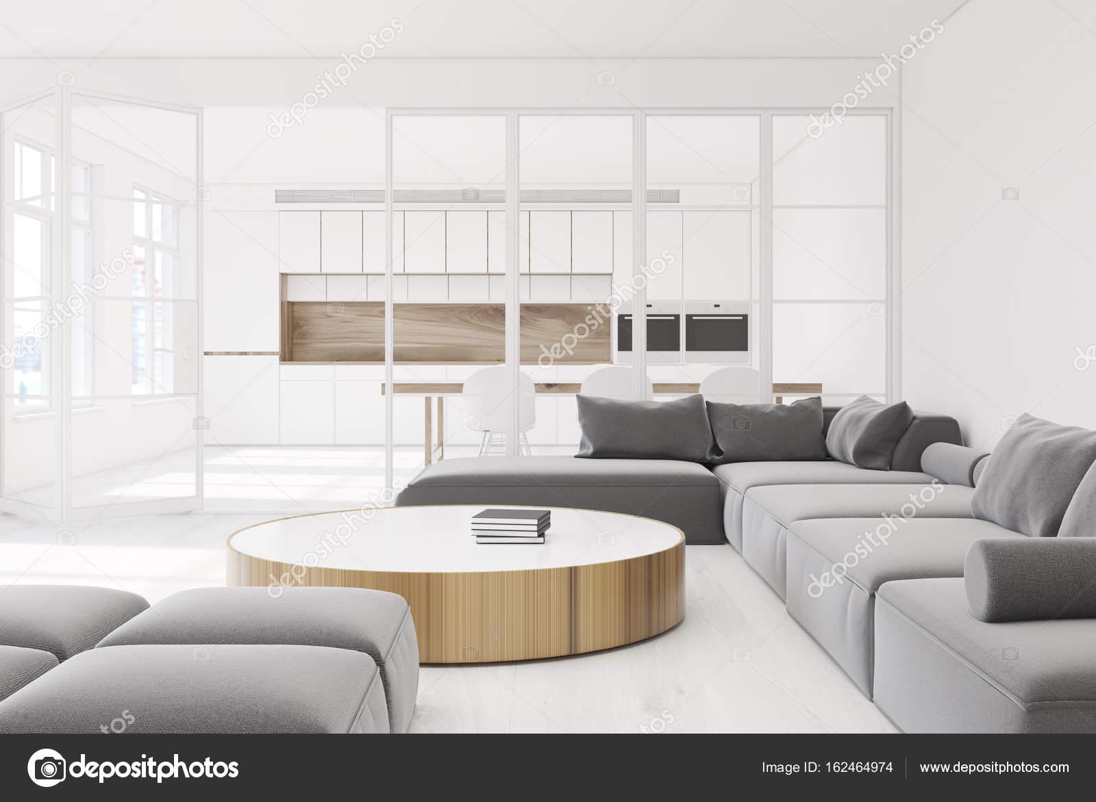 Runder Tisch Sofa im Wohnzimmer, grau — Stockfoto © denisismagilov ...