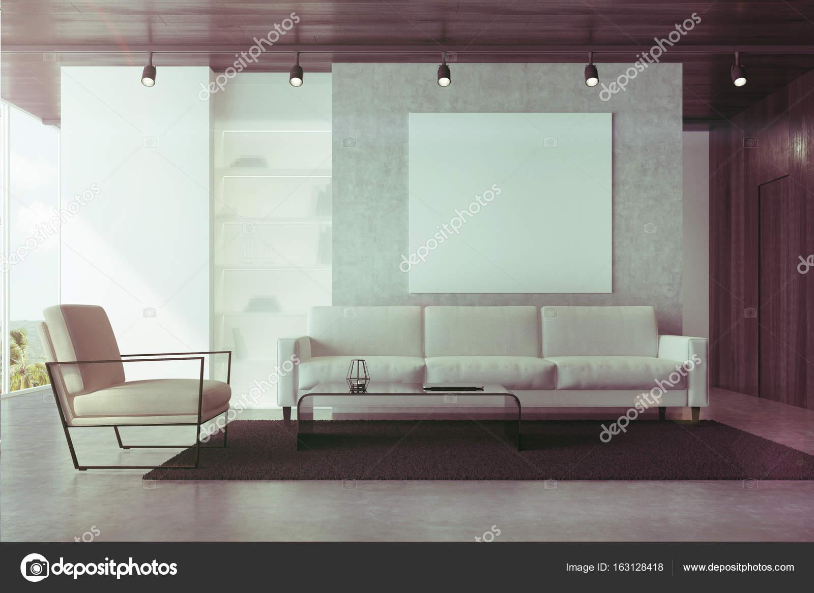 Grijze bank woonkamer met een poster toned — Stockfoto ...