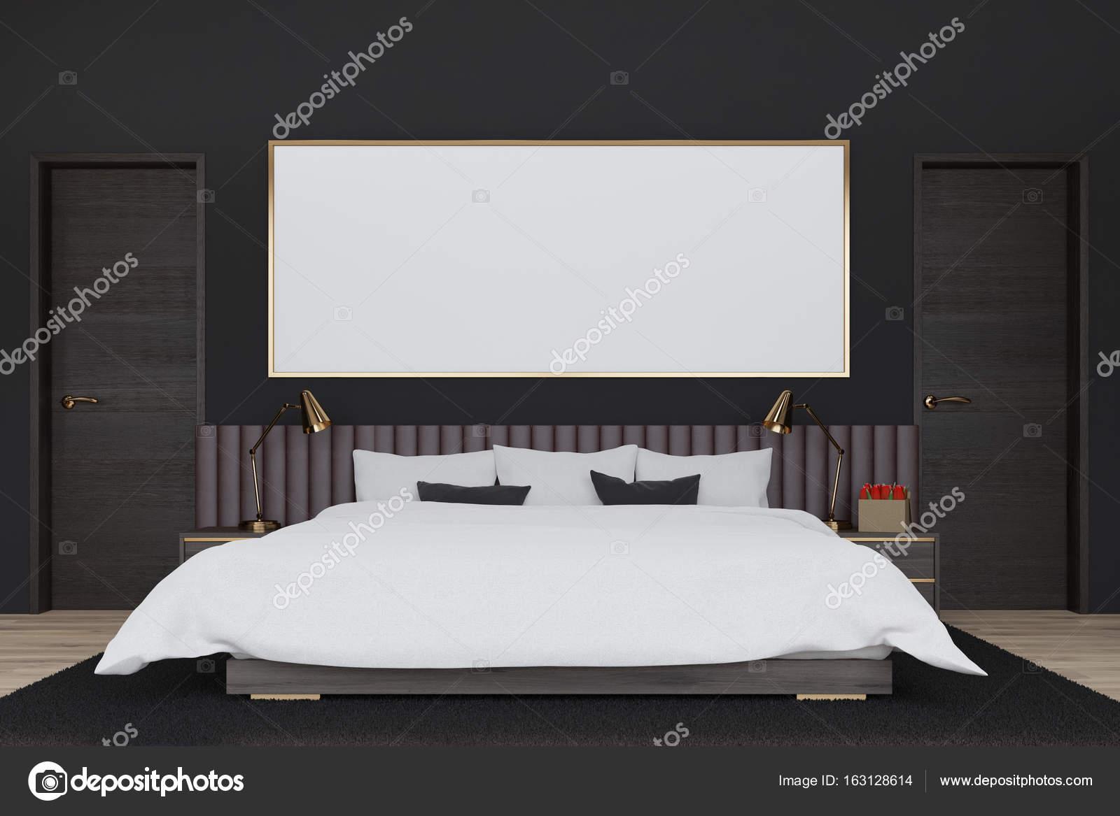 Camera da letto nera con un manifesto — Foto Stock © denisismagilov ...