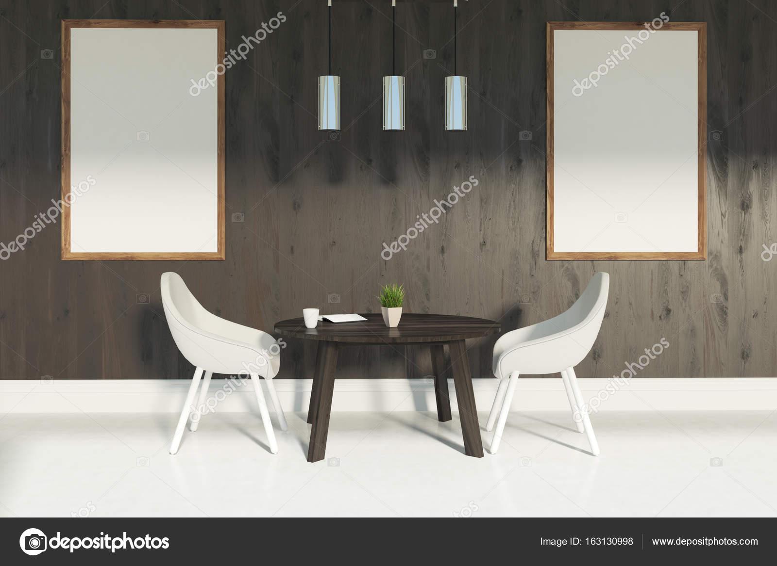 Witte stoelen eetkamer, twee posters — Stockfoto © denisismagilov ...