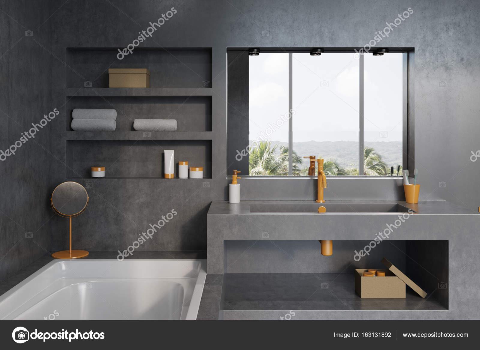 Salle de bains gris clair avec une fenêtre — Photographie ...
