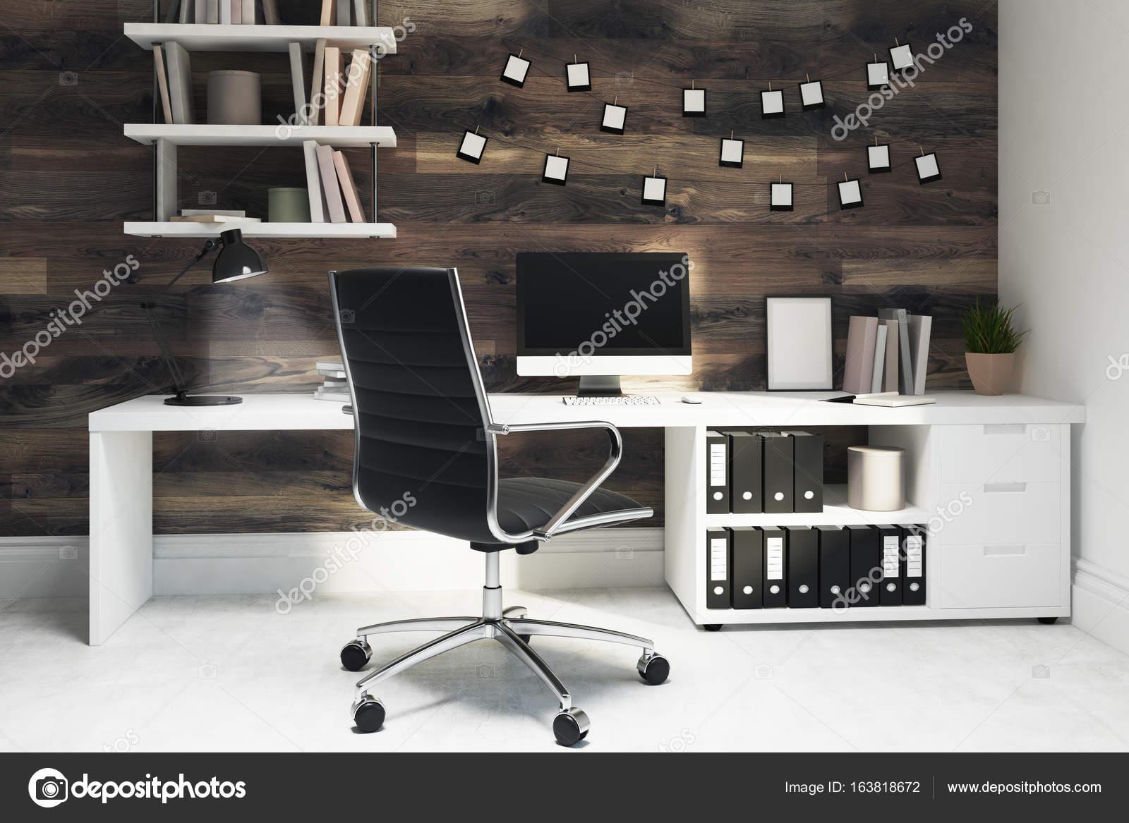 Chaise de bureau maison en bois foncé noir u photographie