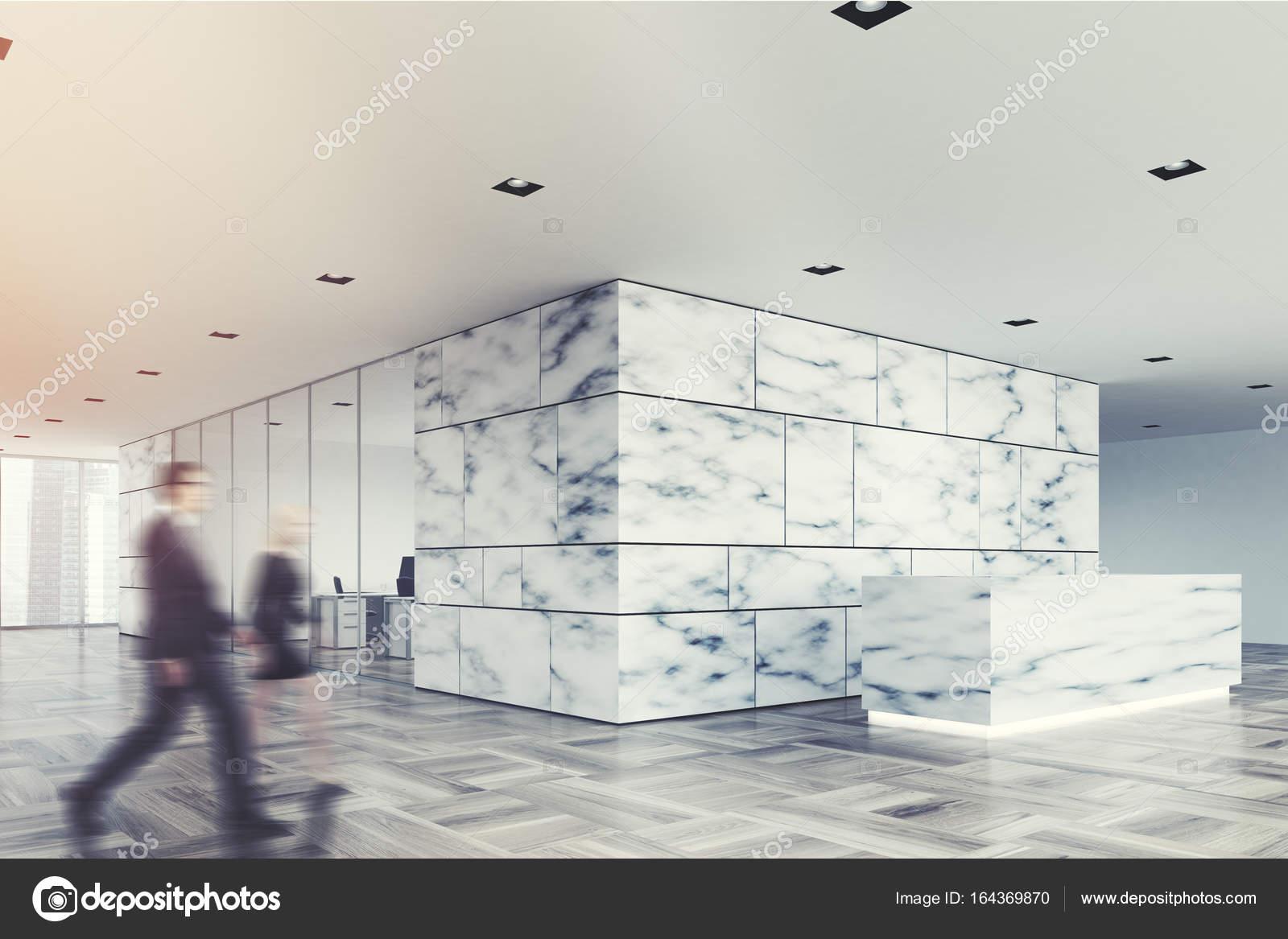 Marmor und Glas Rezeption Lobby Seite, Menschen — Stockfoto ...