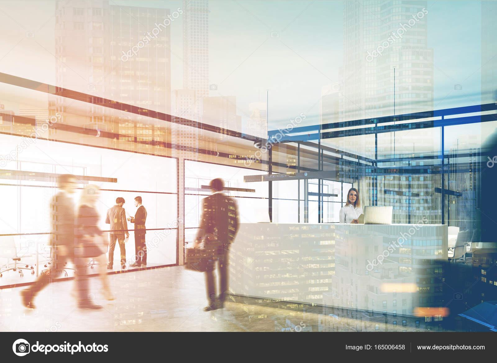 Aus Holz und Glas Büro, Rezeption, doppelseitig — Stockfoto ...