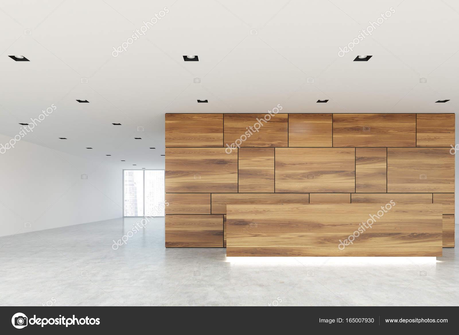 Lobby mit Rezeption aus Holz und Glas — Stockfoto ...