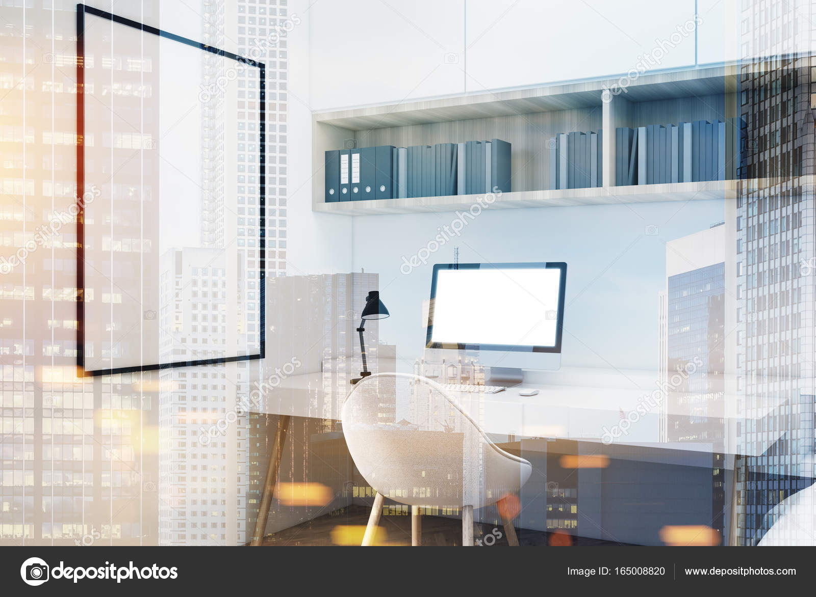 Ufficio Bianco E Legno : Ufficio in casa bianca con un poster con cornice doppio u foto