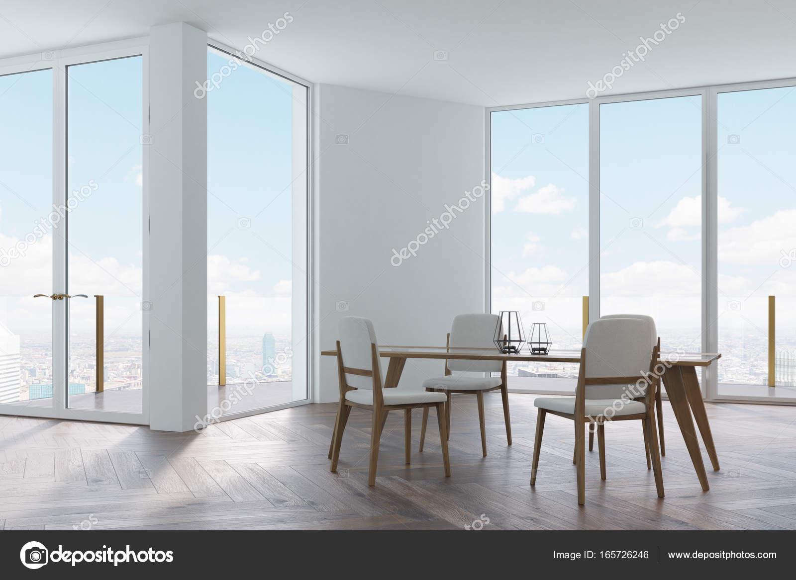 Eetkamer wit, wit en houten stoelen — Stockfoto © denisismagilov ...