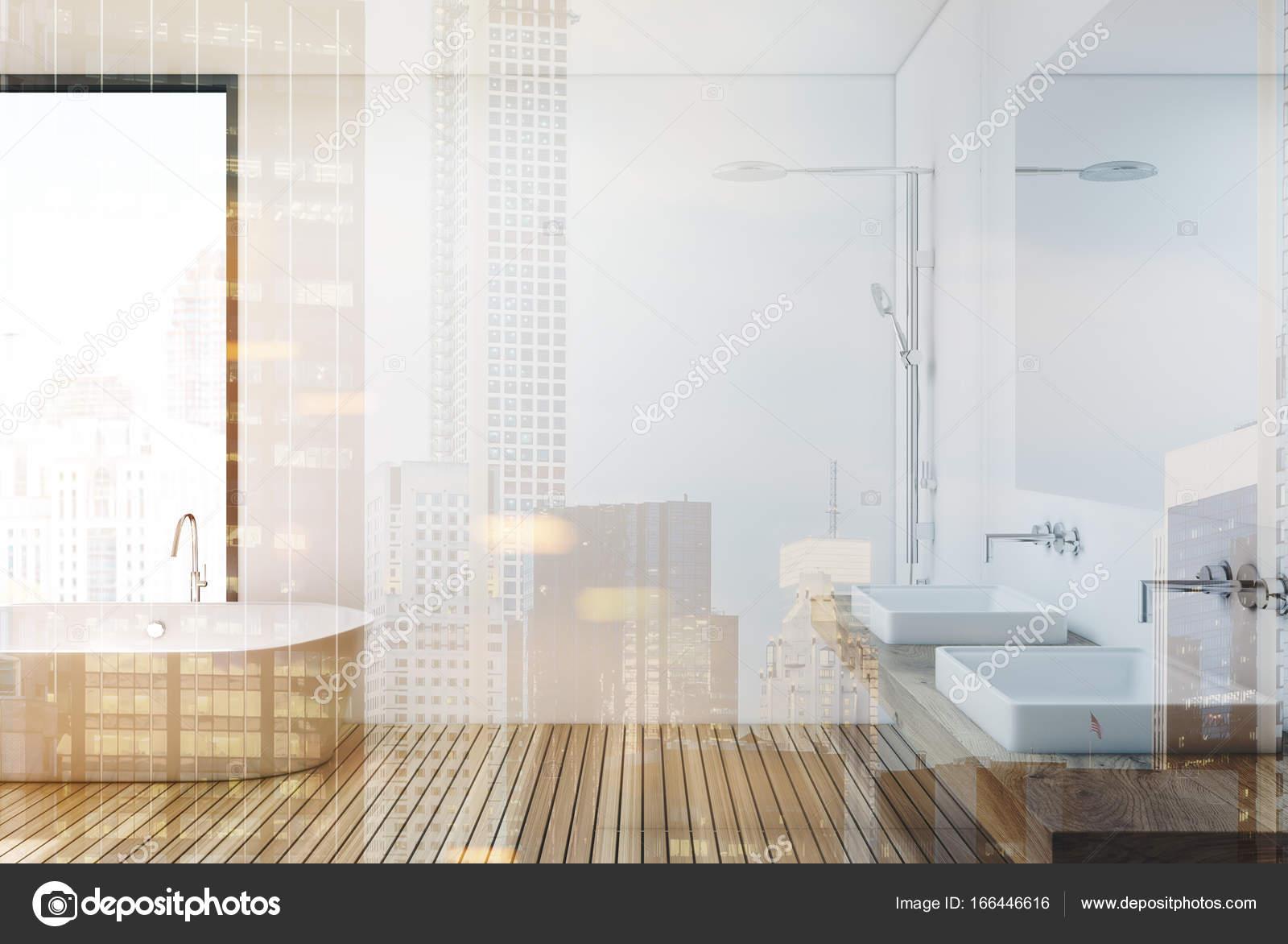 Badkamer Douche Vloeren : Houten vloer badkamer en douche kant toned u stockfoto