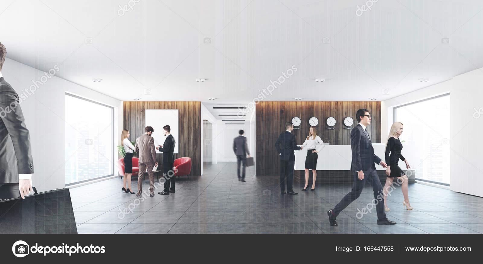 Poltrone Ingresso Ufficio : Poltrone tavolo e rosso della reception persone u foto stock