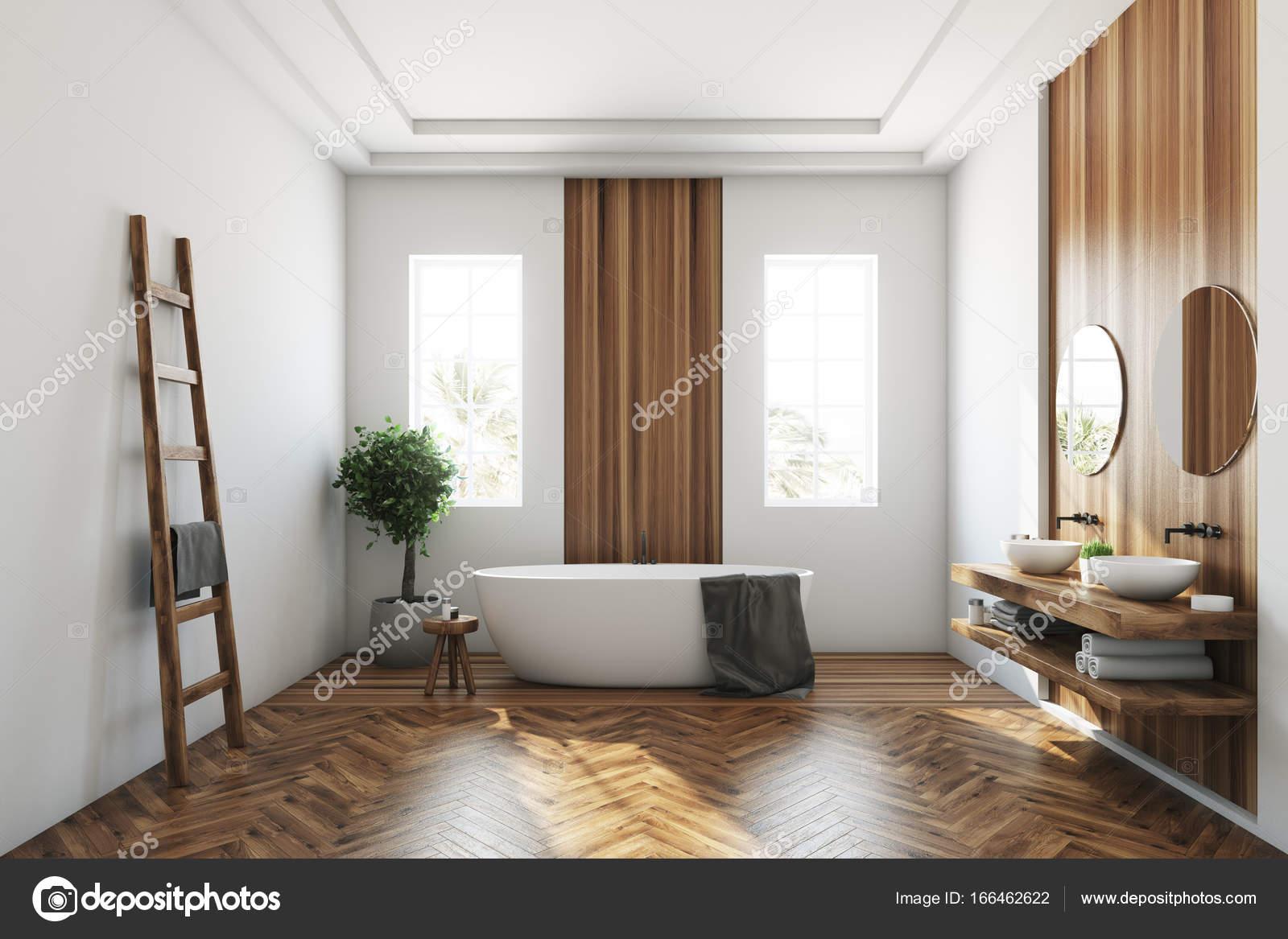 Vasca da bagno in legno e bianco, bianco — Foto Stock ...