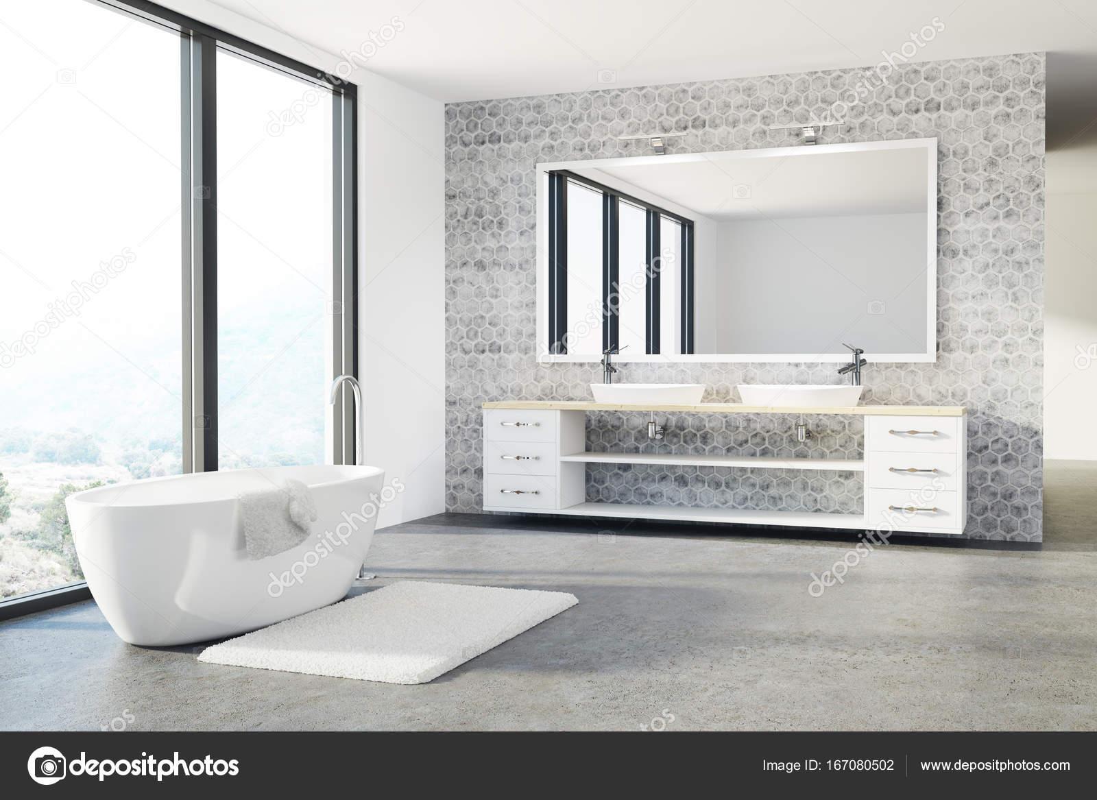 Betonfußboden Im Bad ~ Beton weiße wanne waschbecken bad dachboden u2014 stockfoto