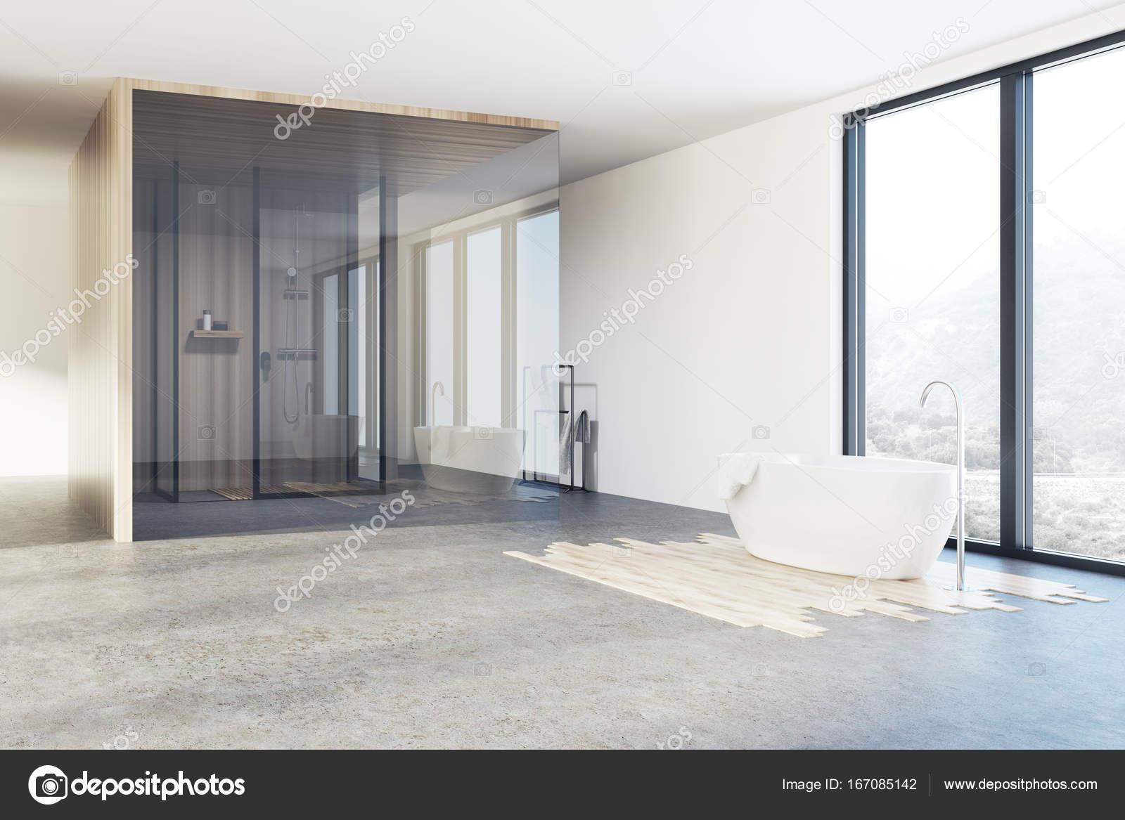 Esquina de cuarto de baño, ducha y bañera de loft — Foto de stock ...