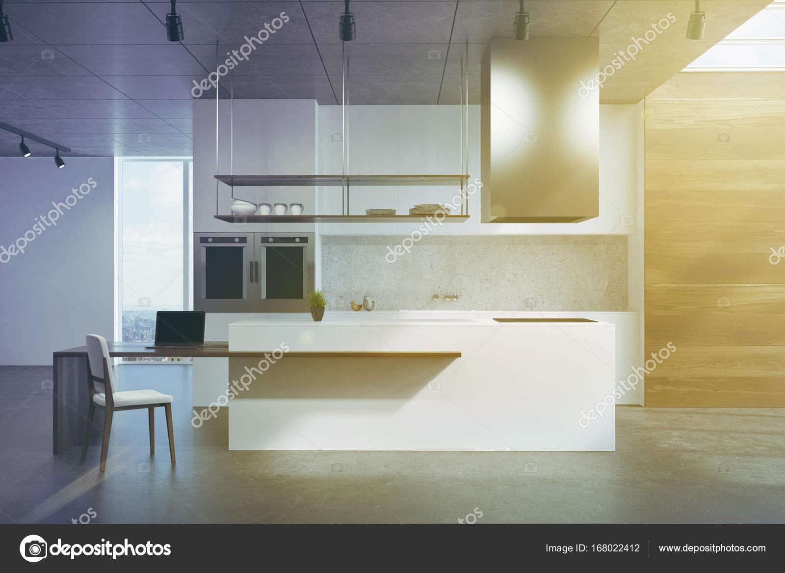 Weiß und Holz Küchentheke getönt — Stockfoto © denisismagilov #168022412