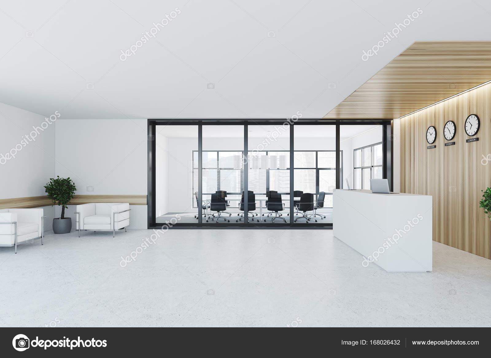 Ufficio Bianco E Legno : Bianca e legno reception sala riunioni u foto stock