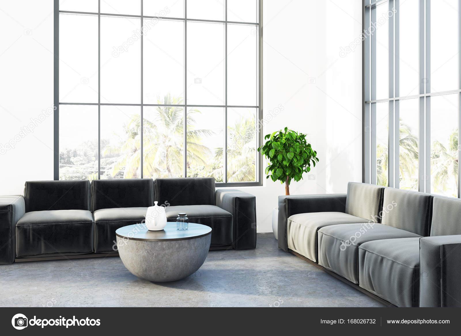 Witte loft woonkamer ronde tafel — Stockfoto © denisismagilov #168026732