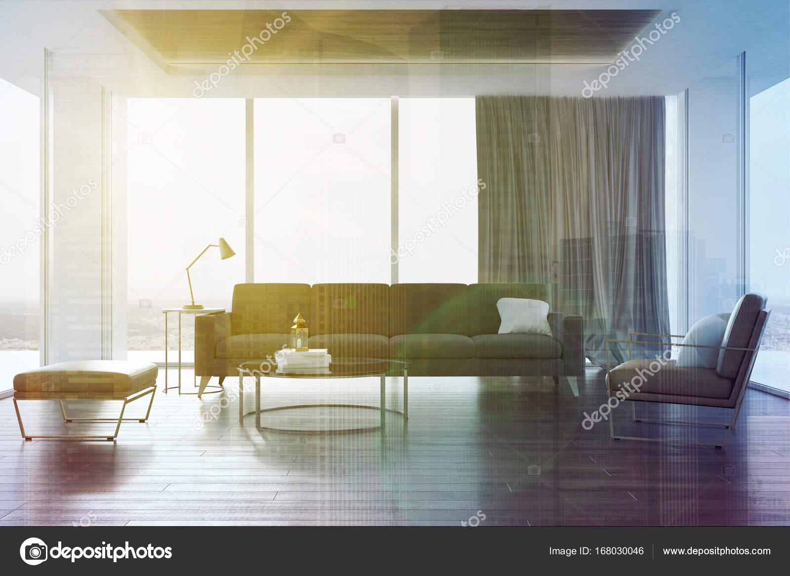 Getonten Loft Wohnzimmer Graue Couch Und Sessel Stockfoto