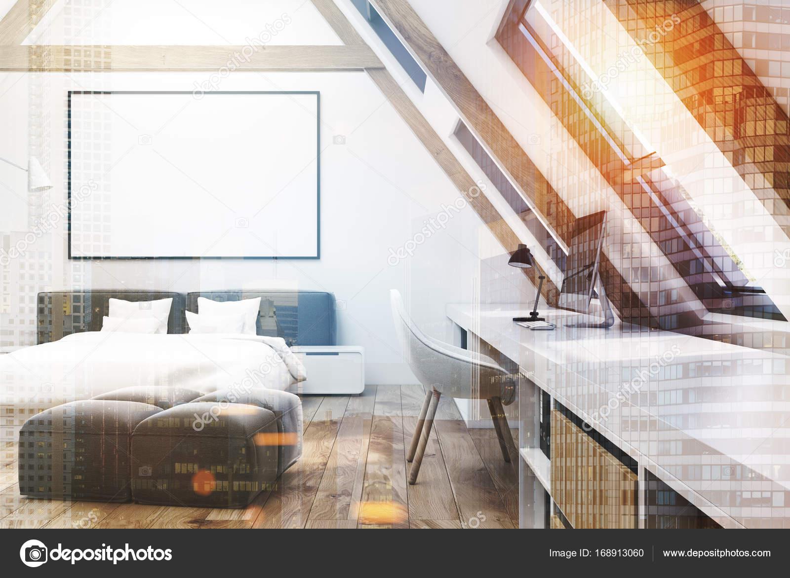 Interno bianco mansarda camera da letto, poster tonica ...