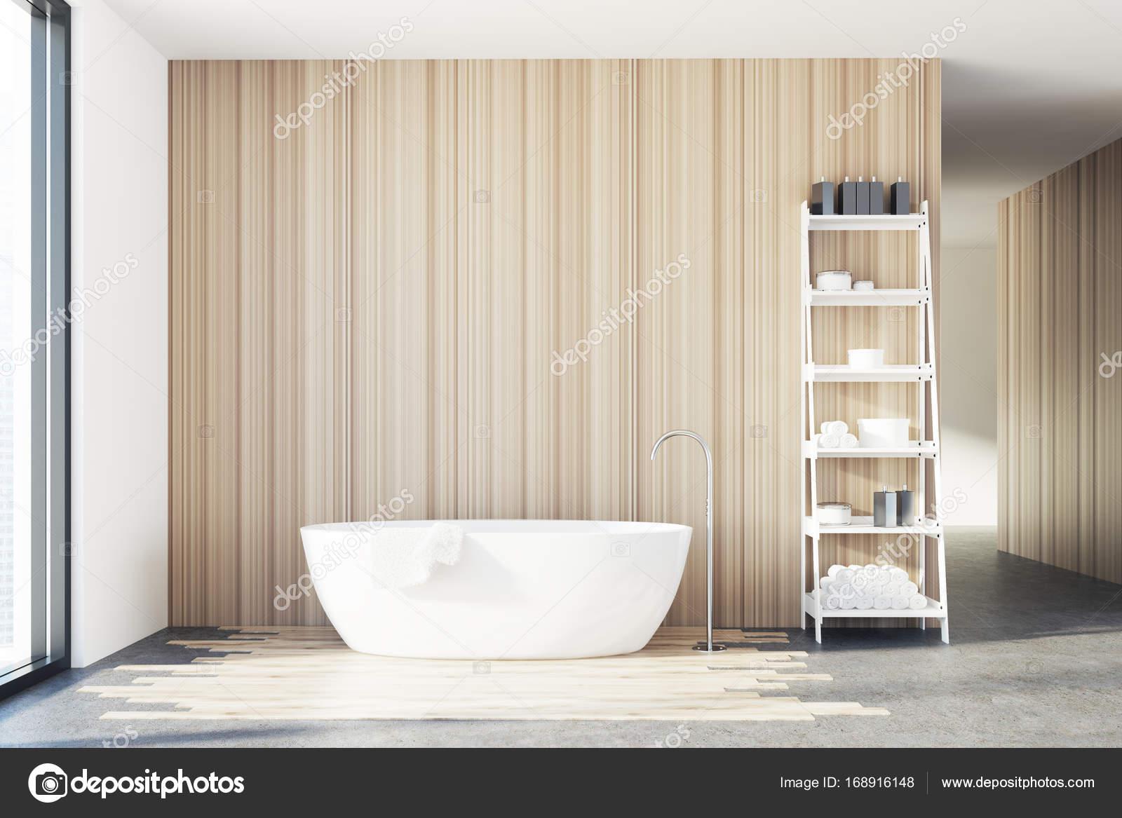 Baignoire de salle de bain en bois, blanc, étagères — Photographie ...