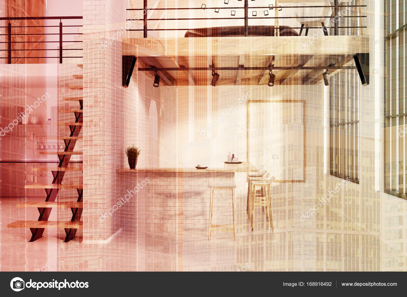 Ziegel-Küche-Bar mit einem doppelten poster — Stockfoto ...