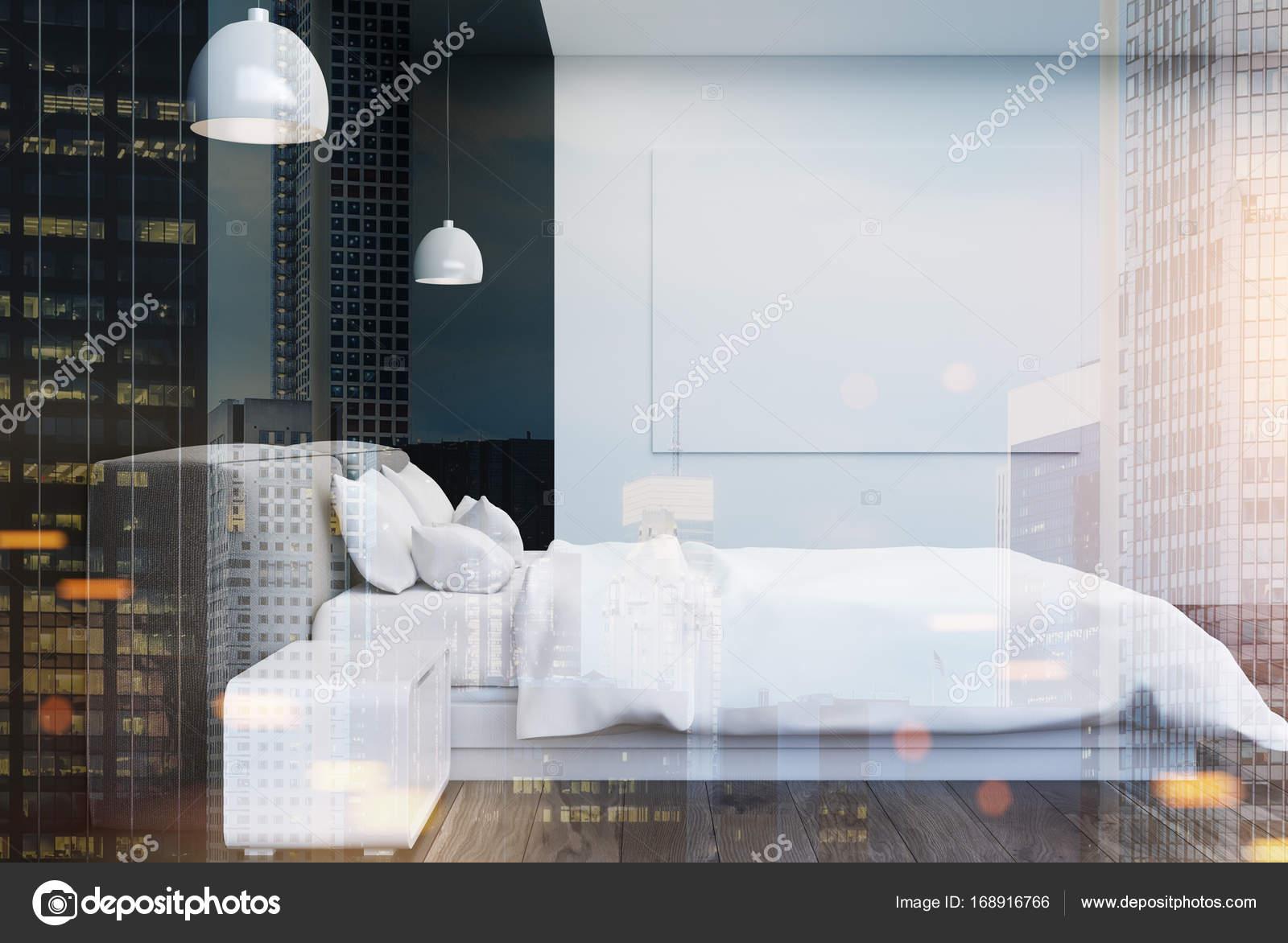 Zwart-wit slaapkamer met een poster toned — Stockfoto ...