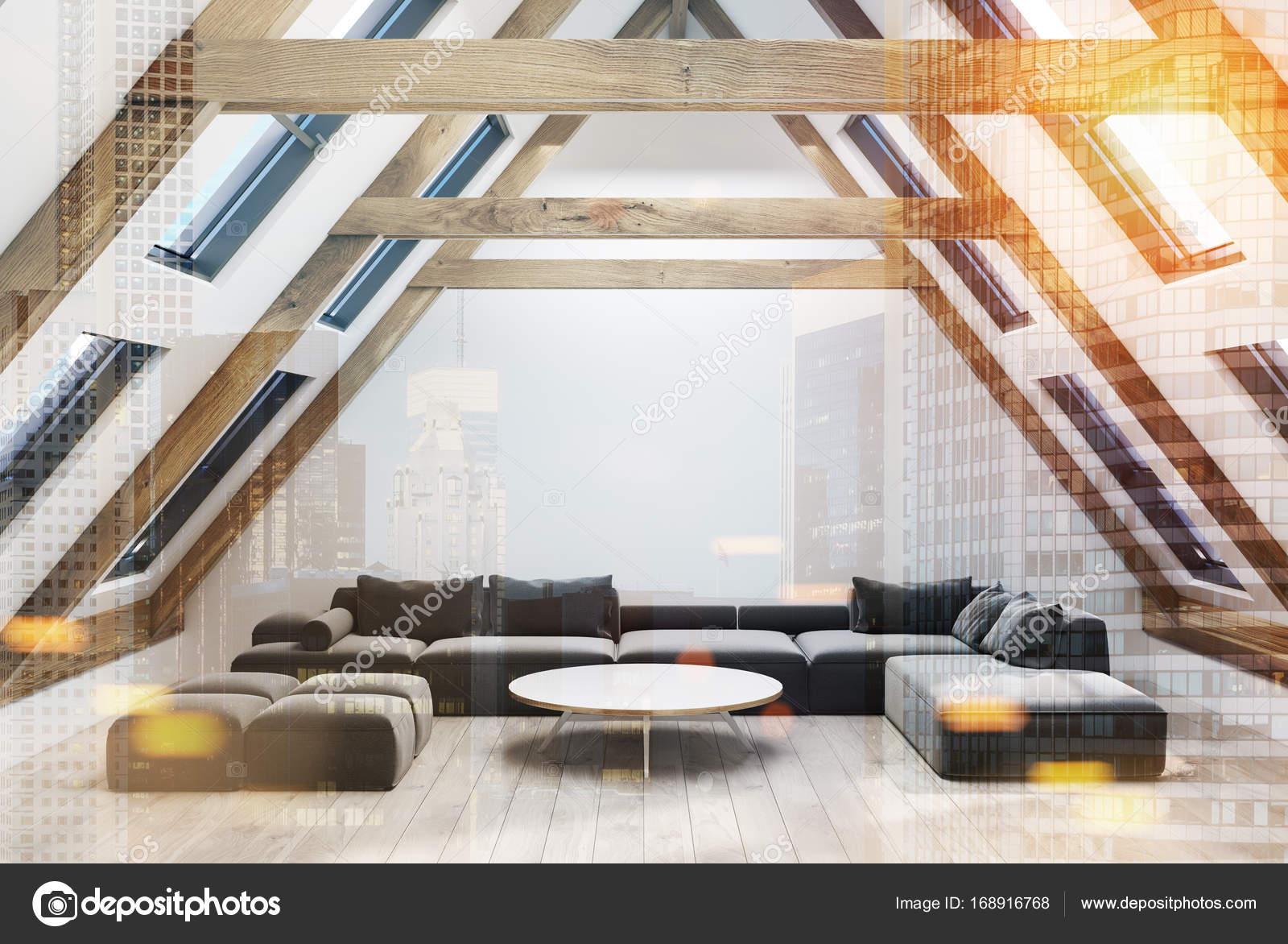 Woonkamer Op Zolder : Zolder woonkamer ronde tafel banken toned u2014 stockfoto