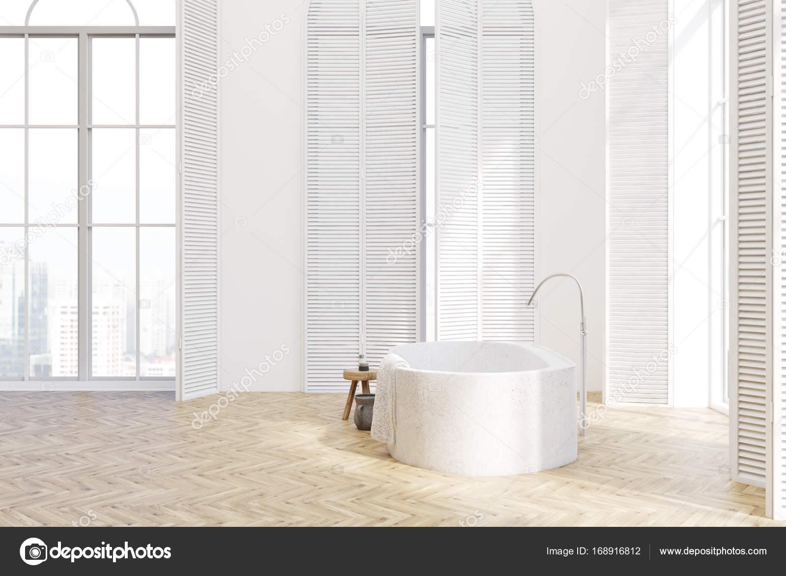 Luxe Badkamer Interieur : Witte luxe badkamer interieur zijaanzicht u2014 stockfoto