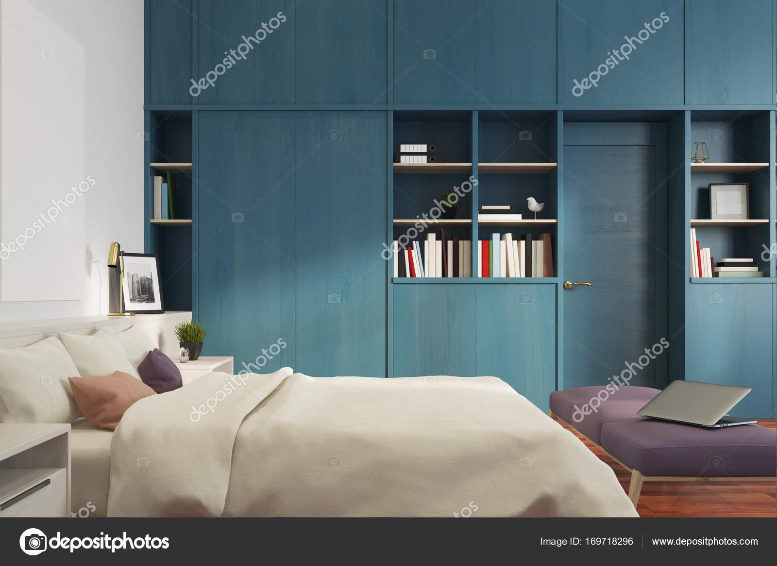 Libreria camera da letto bianca, blu, lato — Foto Stock ...