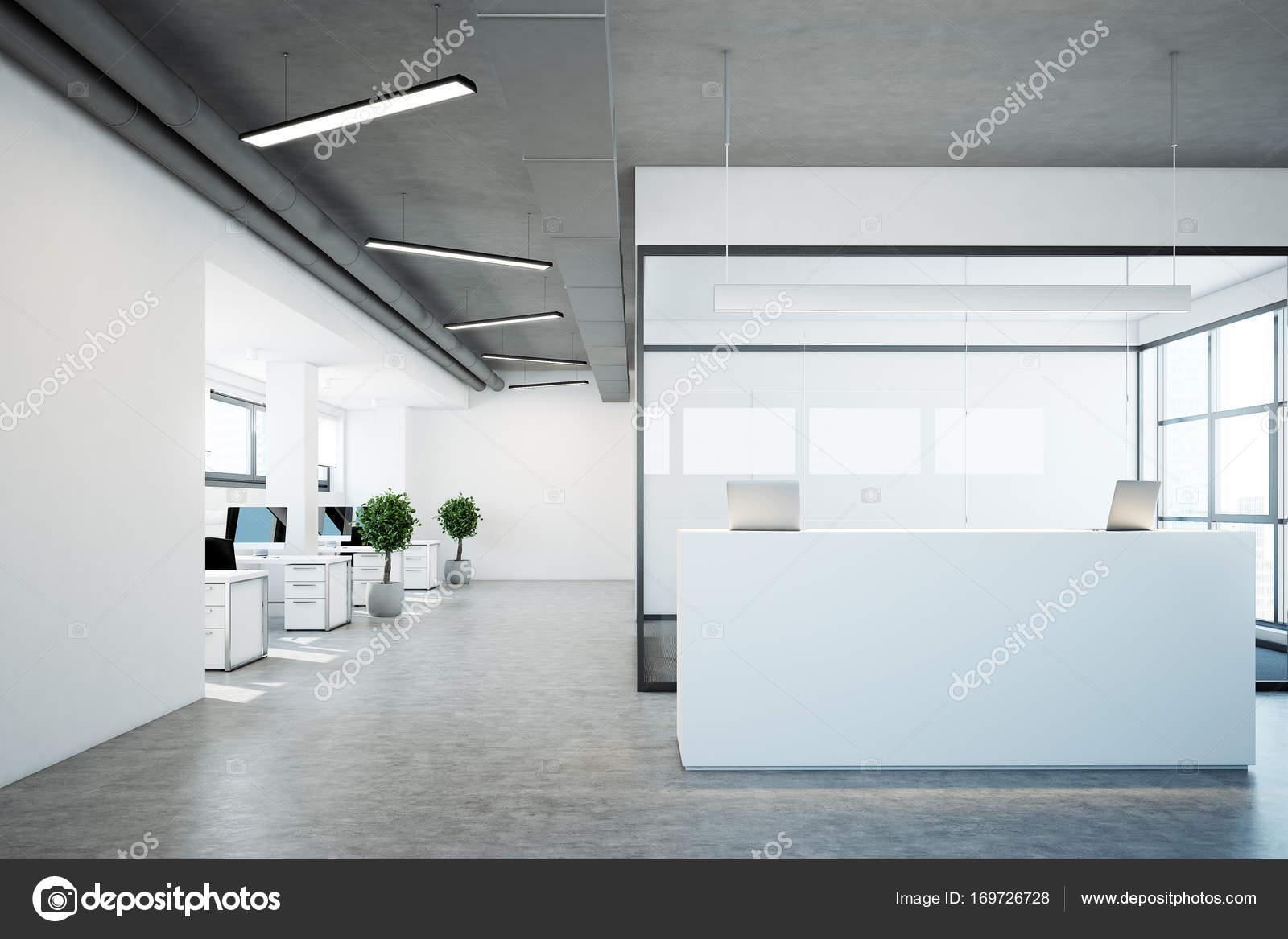 Weiße Rezeption in der Nähe einen Konferenzraum — Stockfoto ...