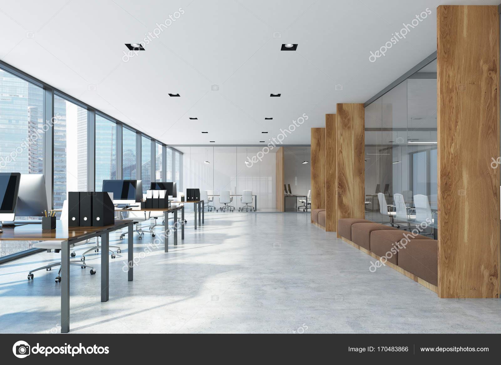 Ufficio Bianco E Legno : Ufficio open space bianco e legno u foto stock denisismagilov