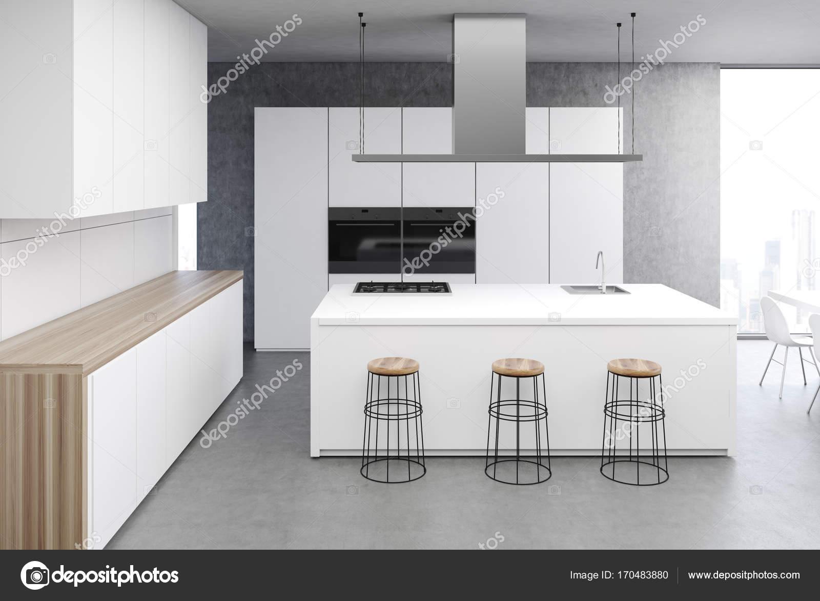 Biała Kuchnia Stół Szary Z Bliska Zdjęcie Stockowe