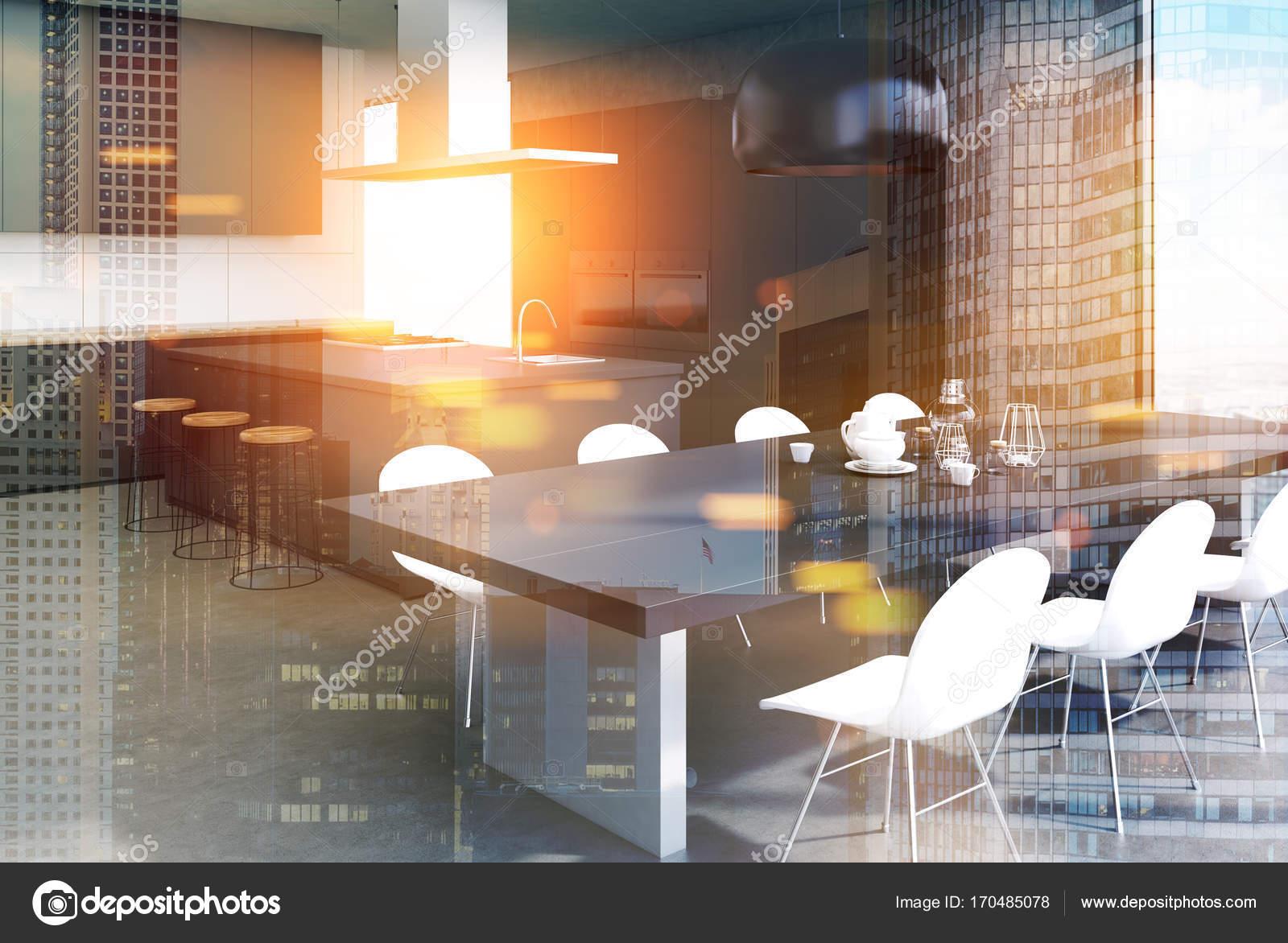 Concrete interieur grijze keukentafel kant toned u stockfoto