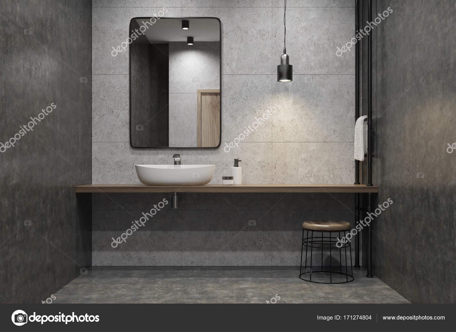 beton bad waschbecken spiegel stockfoto denisismagilov 171274804. Black Bedroom Furniture Sets. Home Design Ideas