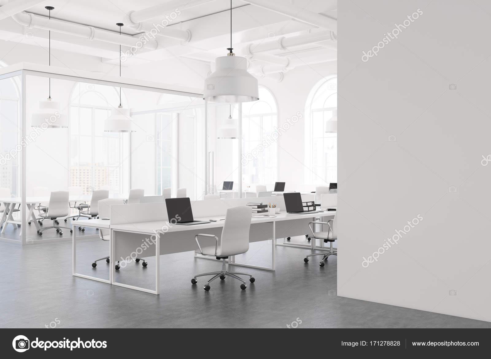 Blanc bureau espace ouvert coin windows arch u photographie