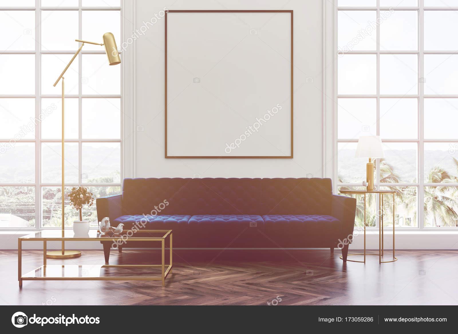 Sofá de salón blanco, azul, tonificada de cartel — Foto de stock ...