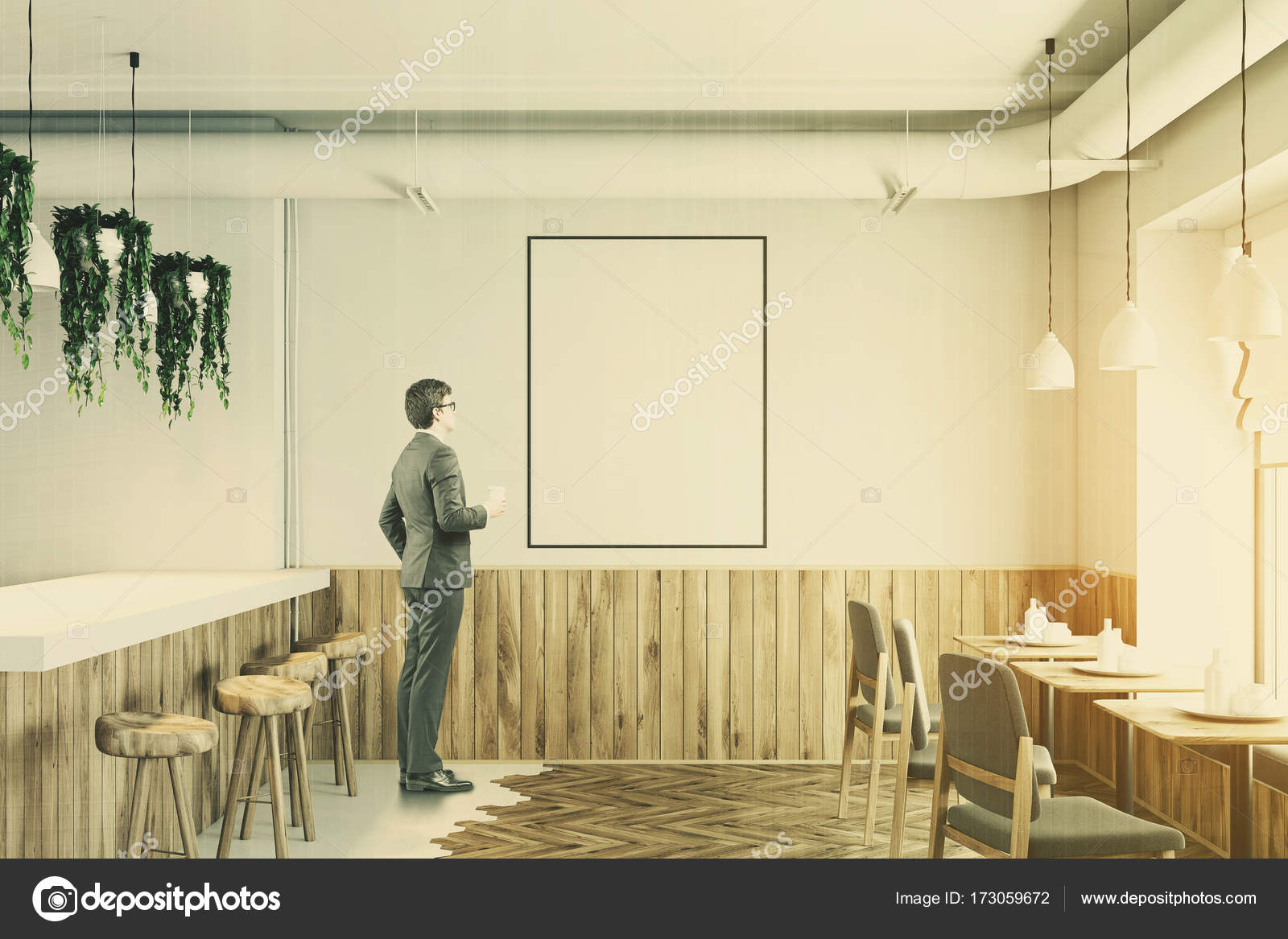 Bianco bar stand in legno poster tonica u foto stock