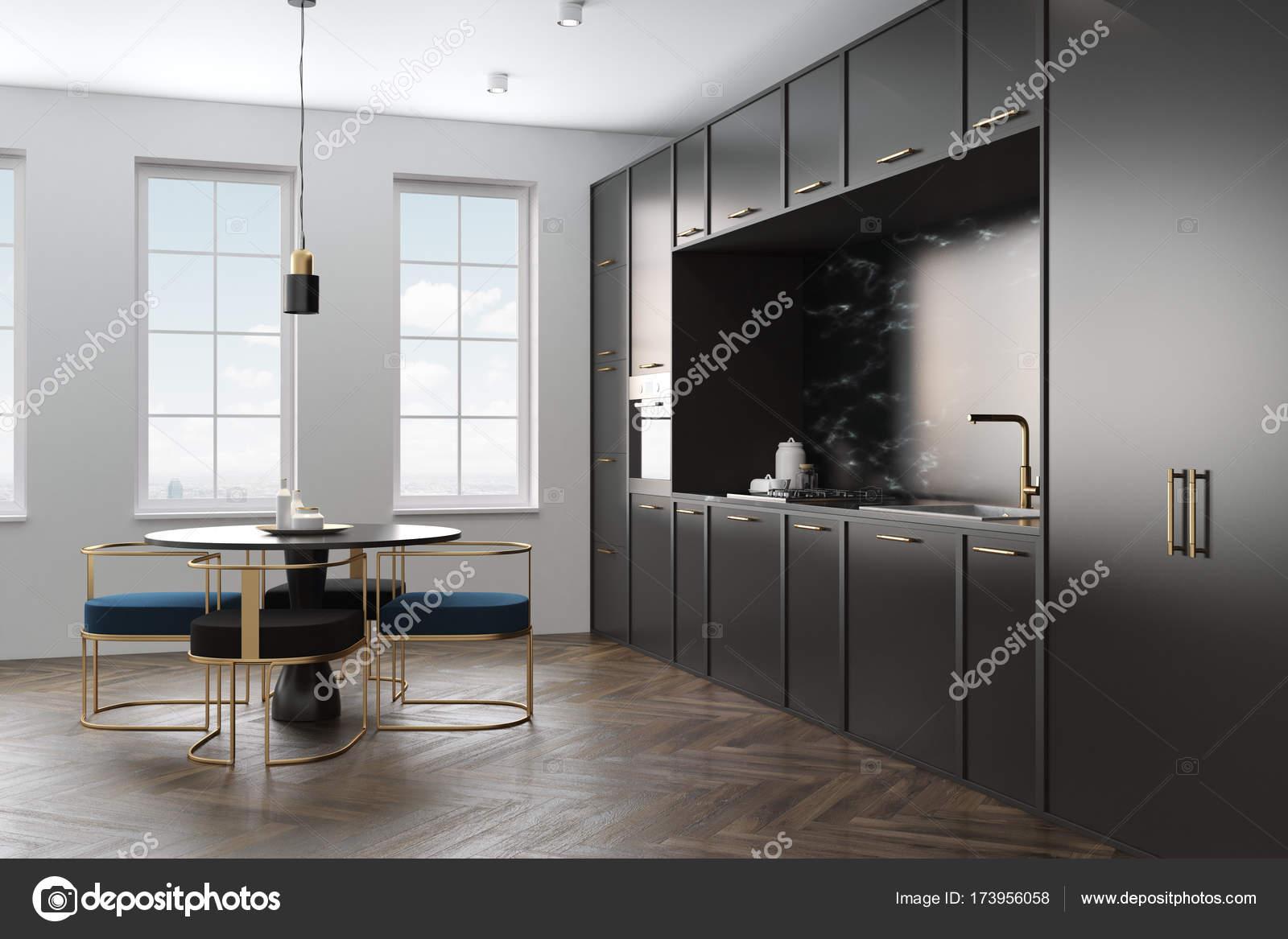Cuisine en marbre noir, table ronde — Photographie denisismagilov ...