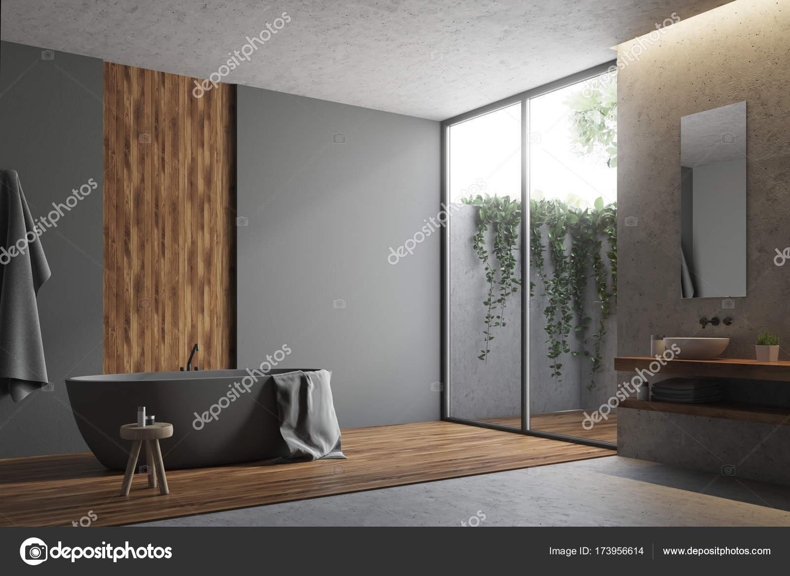 Coin salle de bain gris et bois — Photographie ...