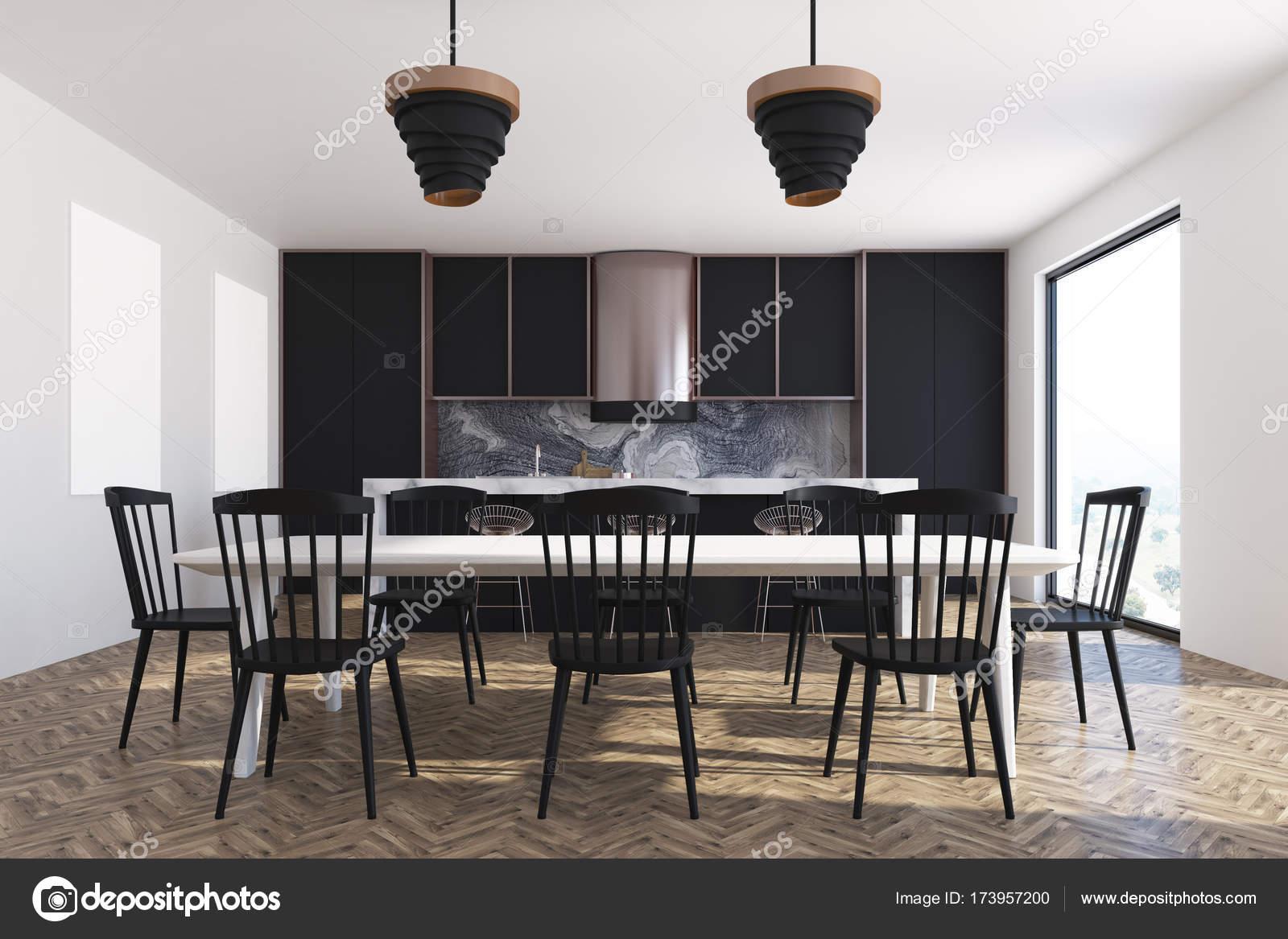 Comedor habitación interior, negro sillas y armario — Fotos de Stock ...