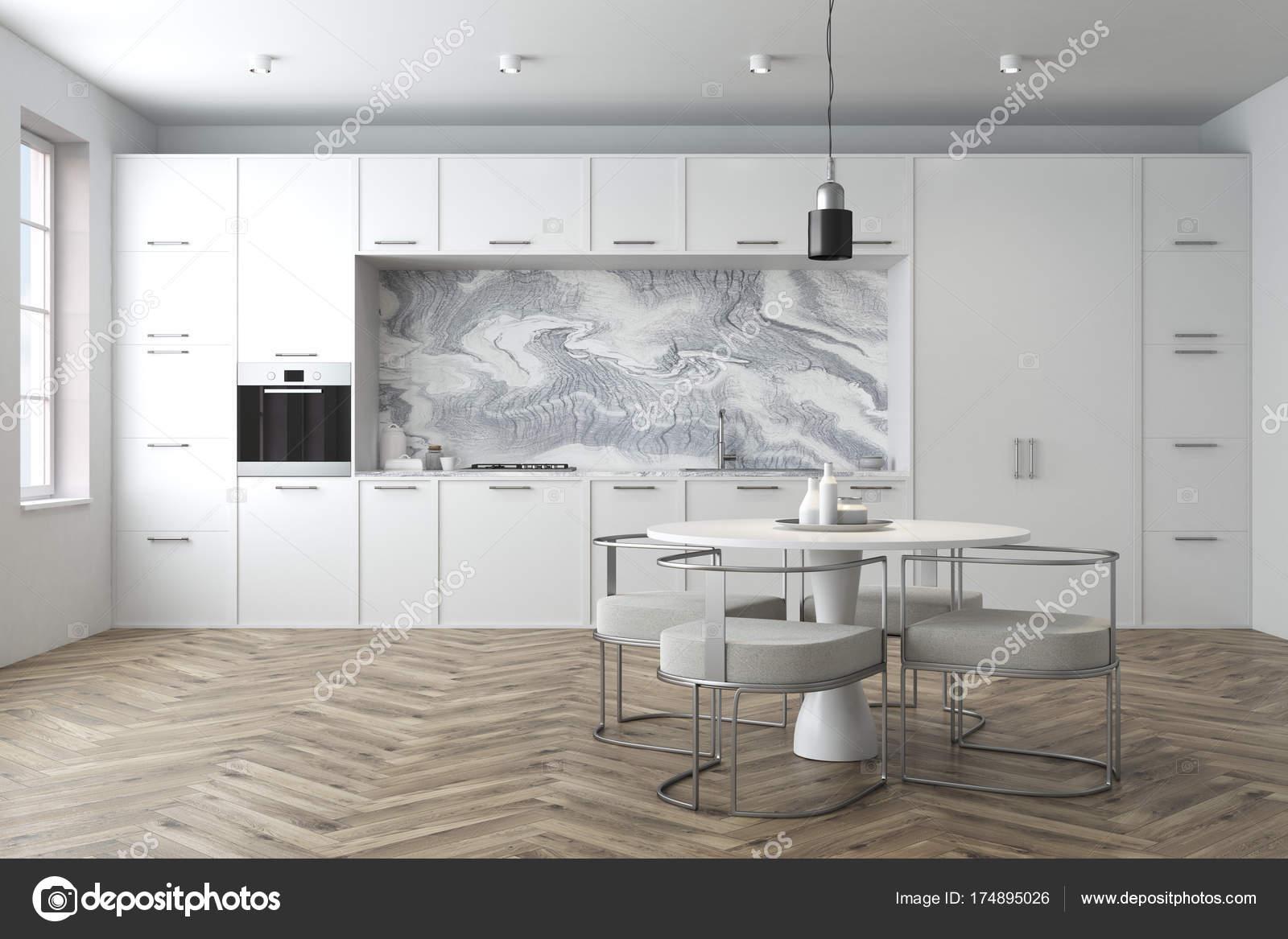 Weiße Küche, runder Tisch — Stockfoto © denisismagilov #174895026