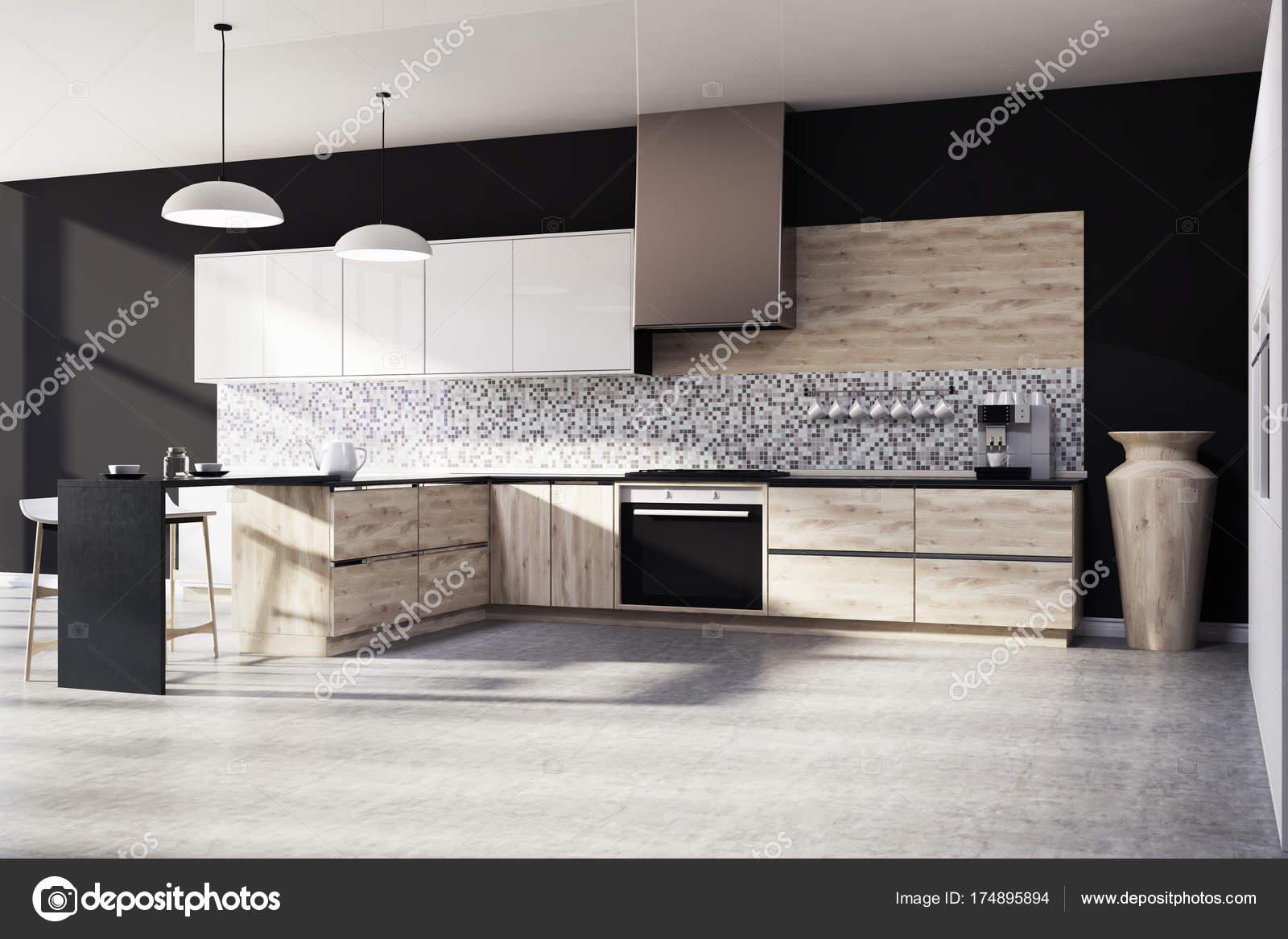 Lato nero del mosaico cucina interni, legno — Foto Stock ...