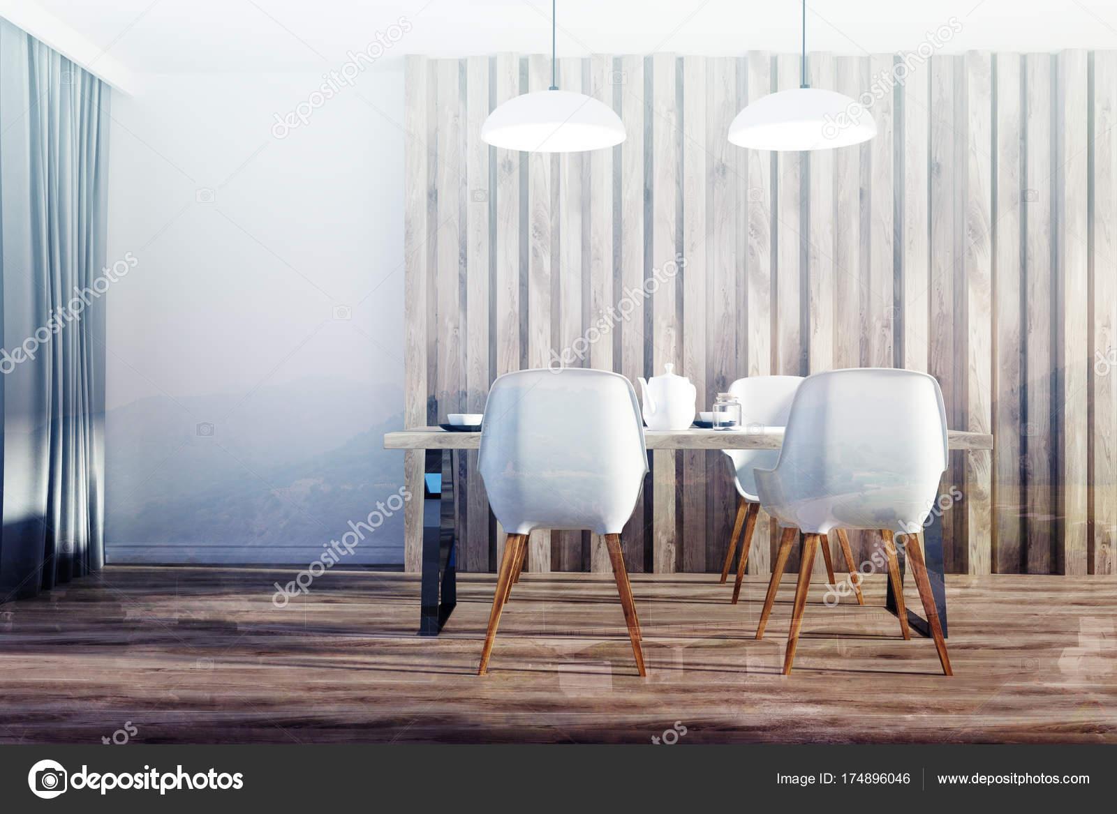 Houten eetkamer met lederen stoelen te koop tweedehands