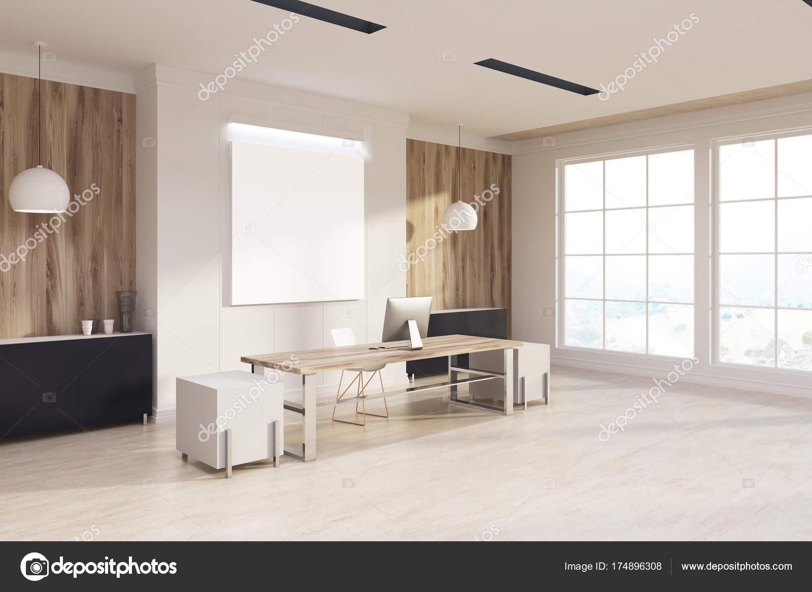 Ufficio Bianco E Legno : Ufficio di capo bianco e legno s lato poster u foto stock