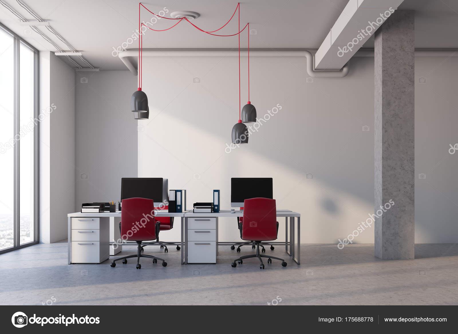 Chaises de bureau blanc intérieur rouge u photographie