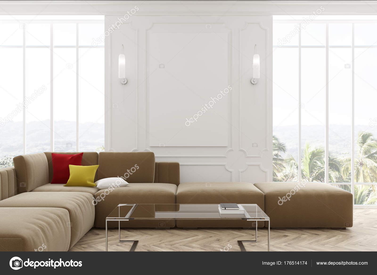 Schon Weiße Wohnzimmer, Beige Sofa Und Poster U2014 Stockfoto