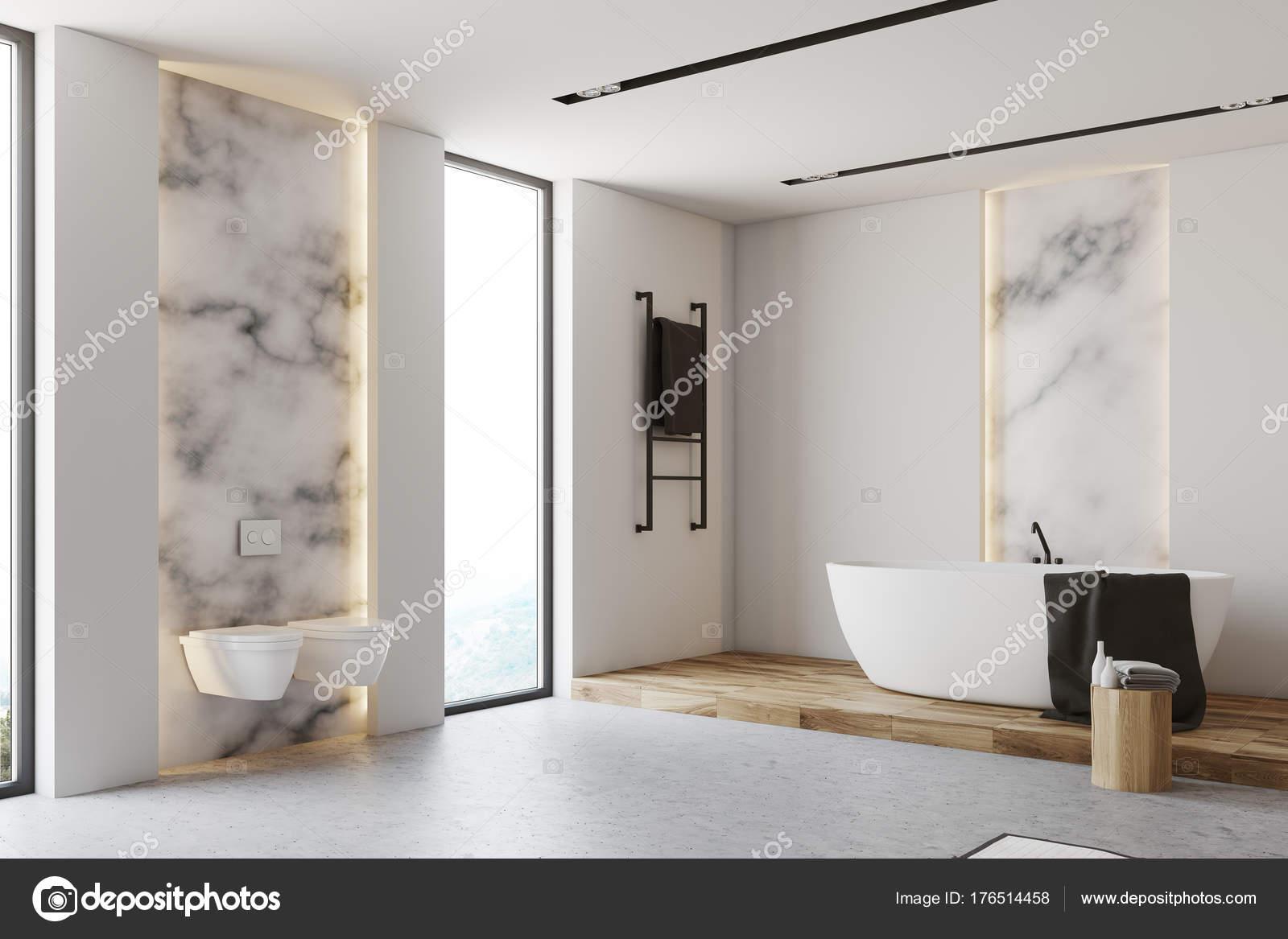 Weiß und Marmor-Badezimmer-Ecke, Toiletten — Stockfoto ...