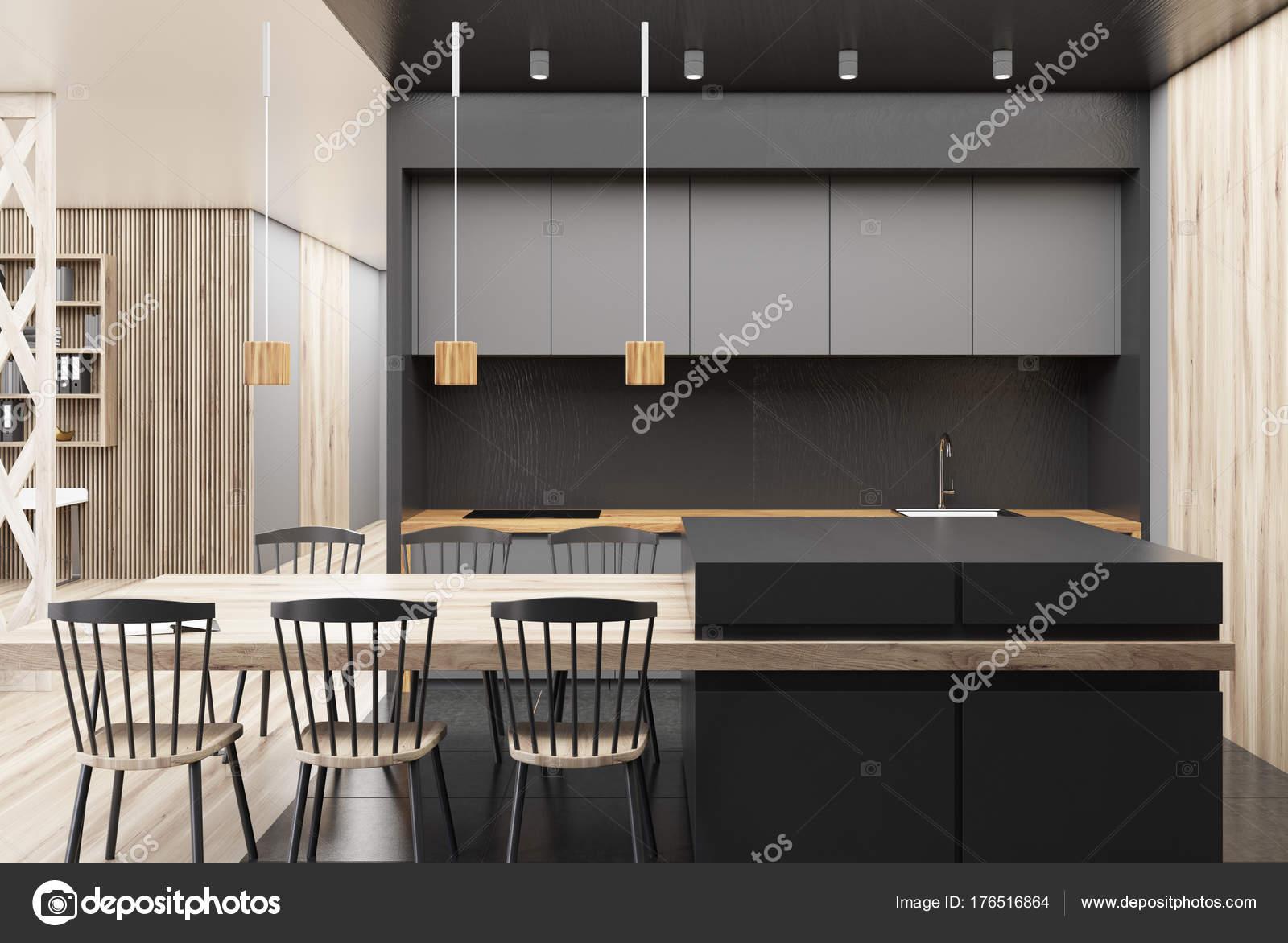 Schwarz und hölzerne Küche Interieur — Stockfoto © denisismagilov ...