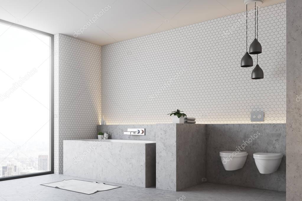 Wei e badezimmer graue wanne und wc stockfoto denisismagilov 177321346 - Weiayes badezimmer ...