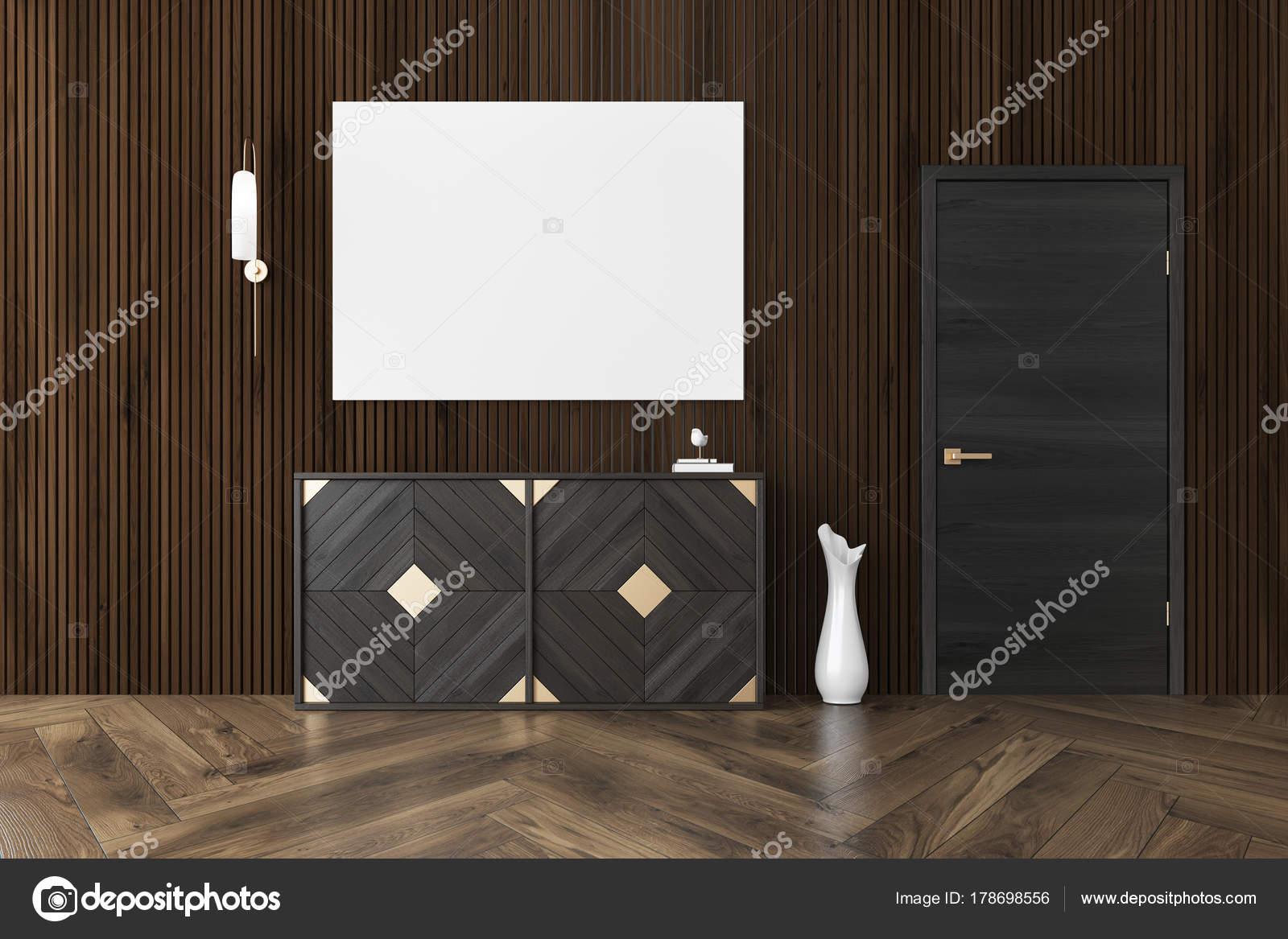 Dunkles Holz Wohnzimmer Interieur Mit Einem Holzfußboden, Eine Kommode,  Einen Schmalen Vase In Der Nähe Einer Tür Und Einem Poster.