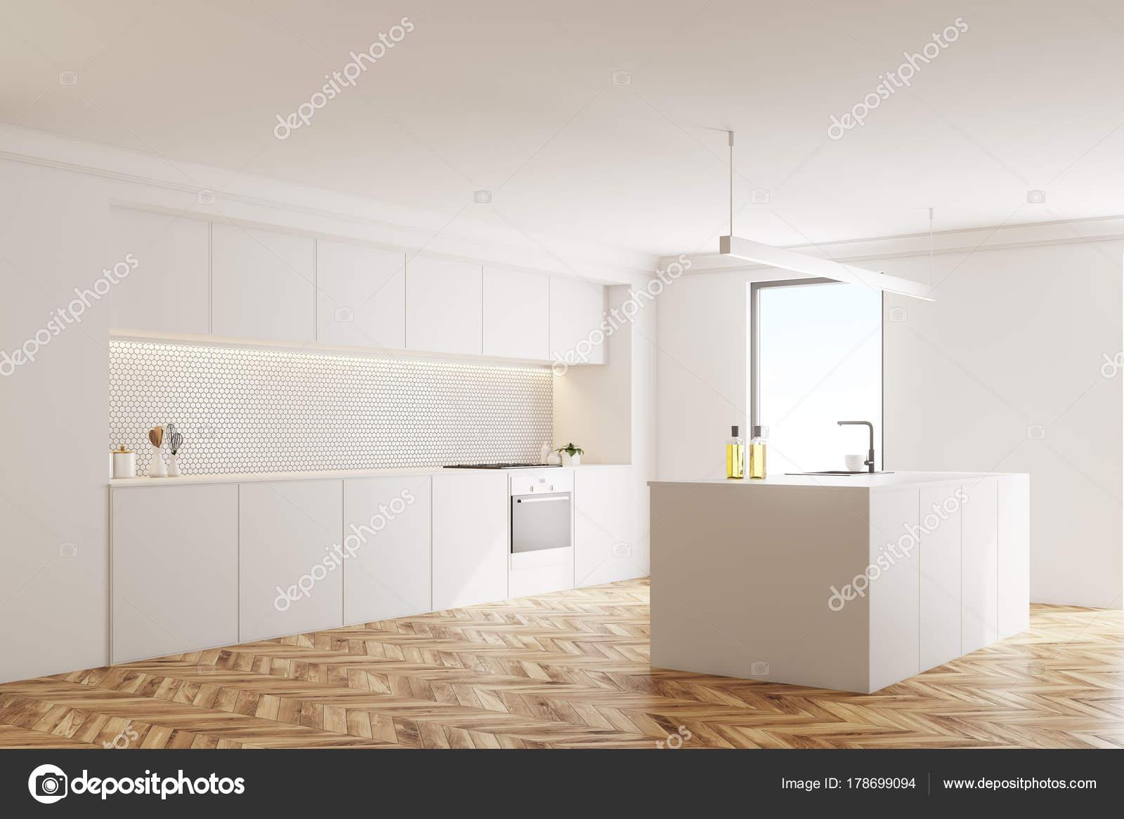 Weiße Küchenecke, Holzboden — Stockfoto © denisismagilov #178699094