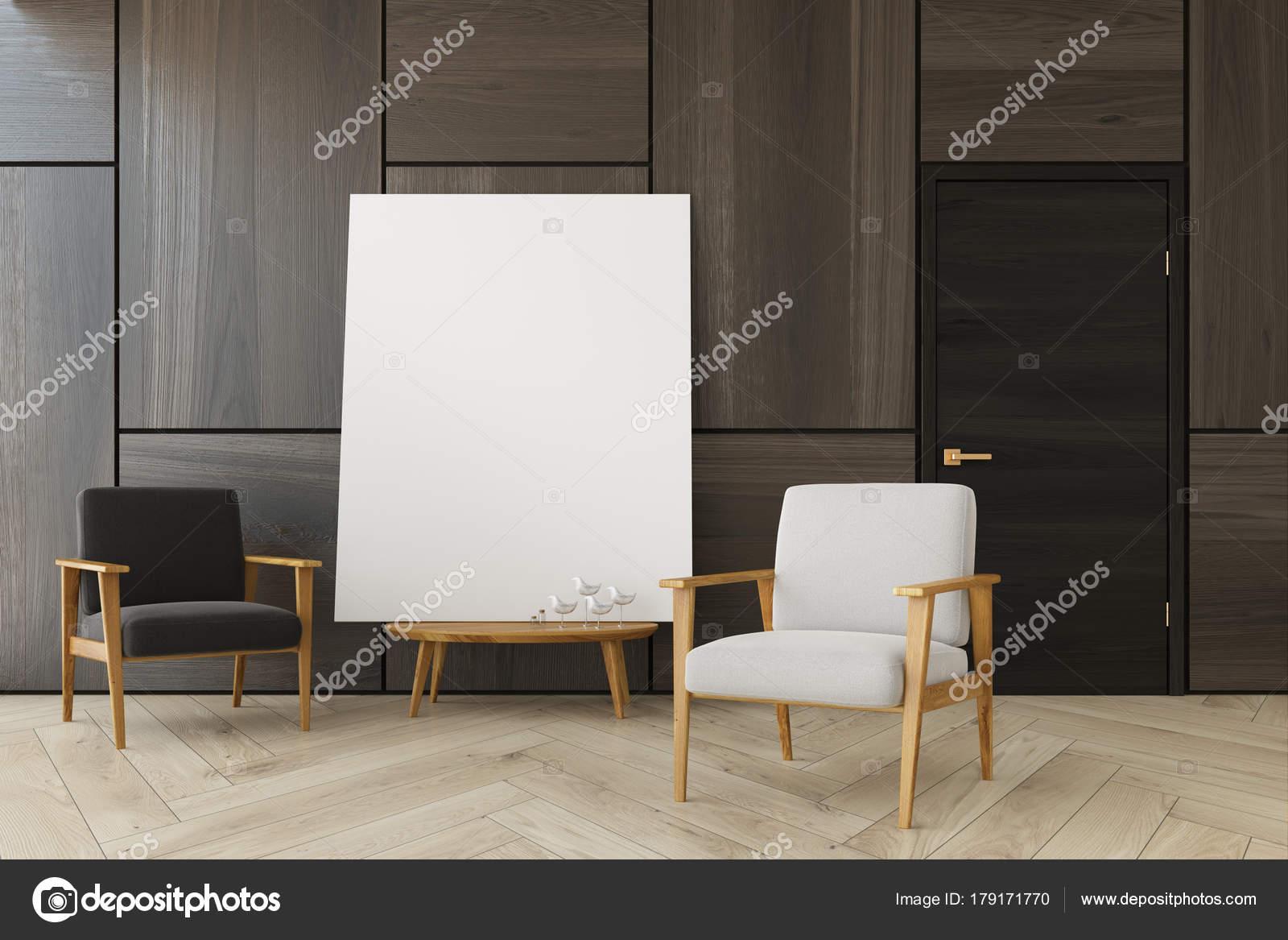 Bruine woonkamer, twee fauteuils, poster — Stockfoto ...